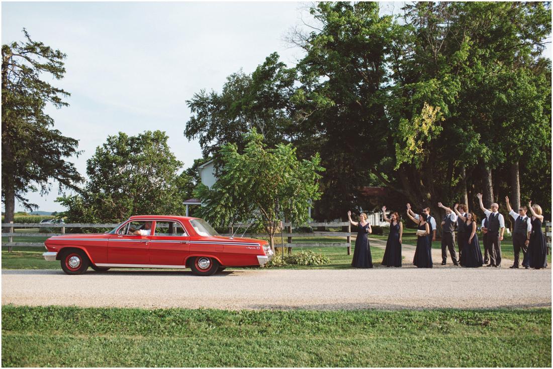 Indiana_barn_Wedding-129.jpg