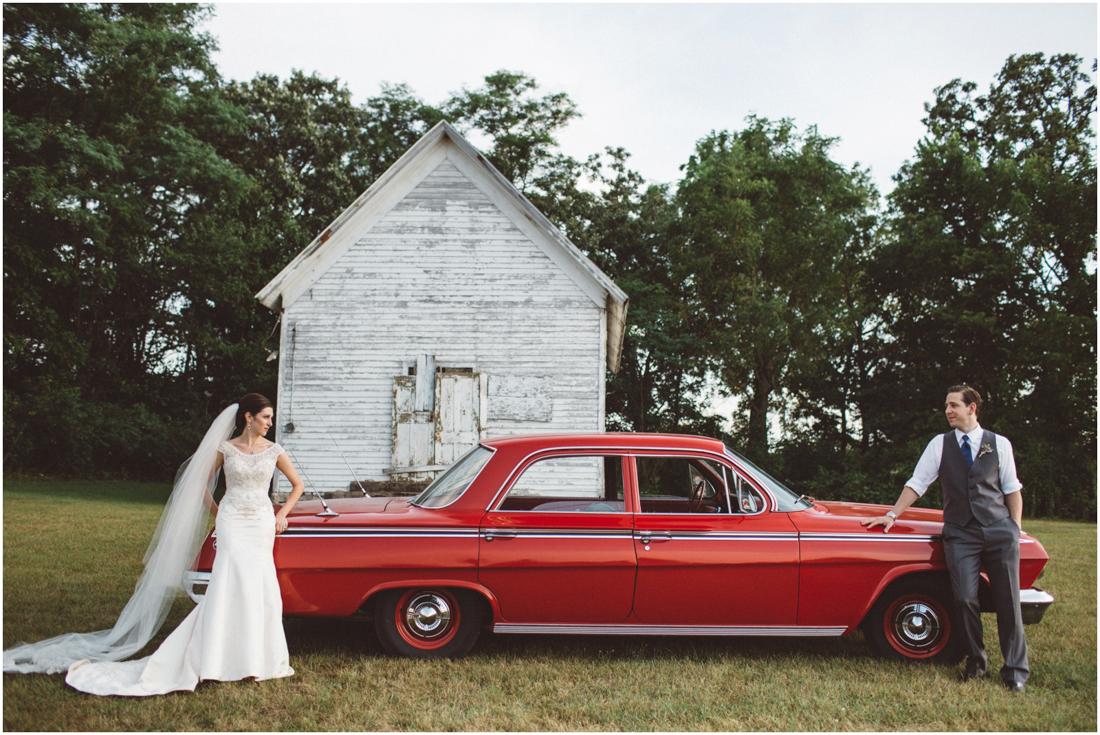 Indiana_barn_Wedding-134.jpg
