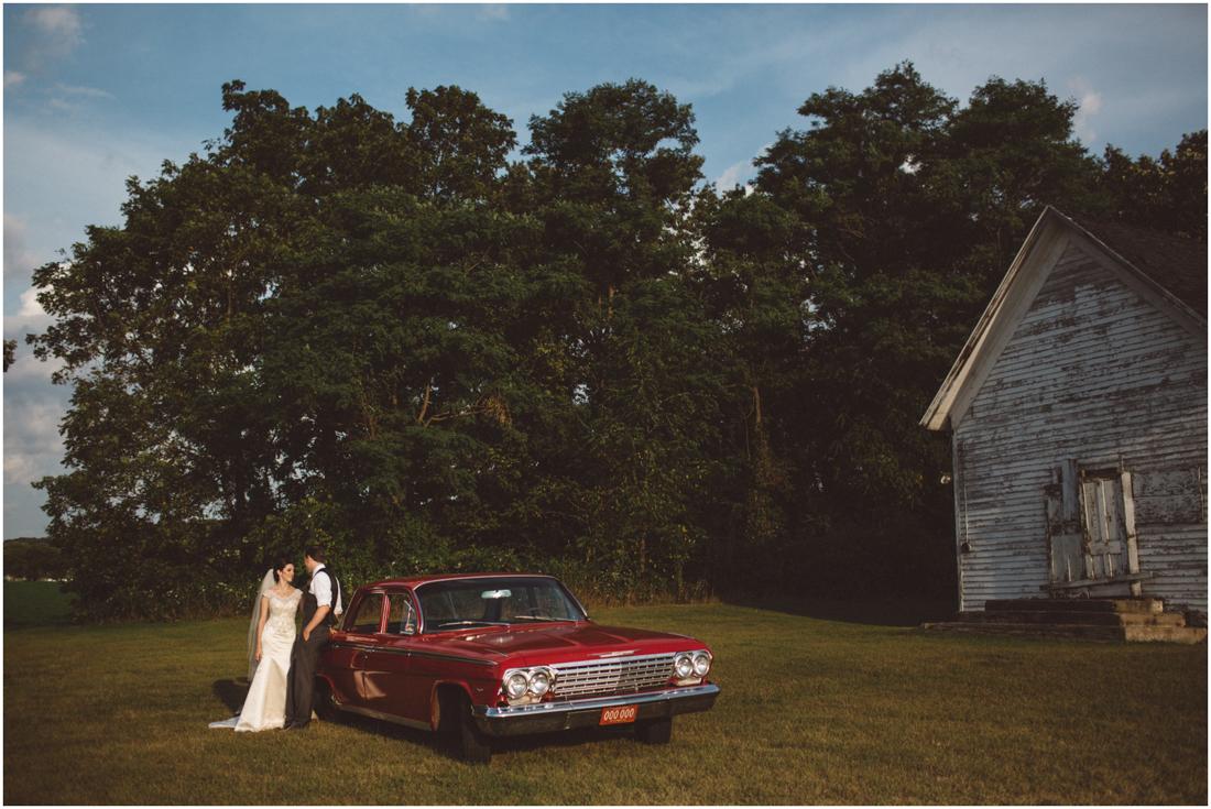 Indiana_barn_Wedding-135.jpg