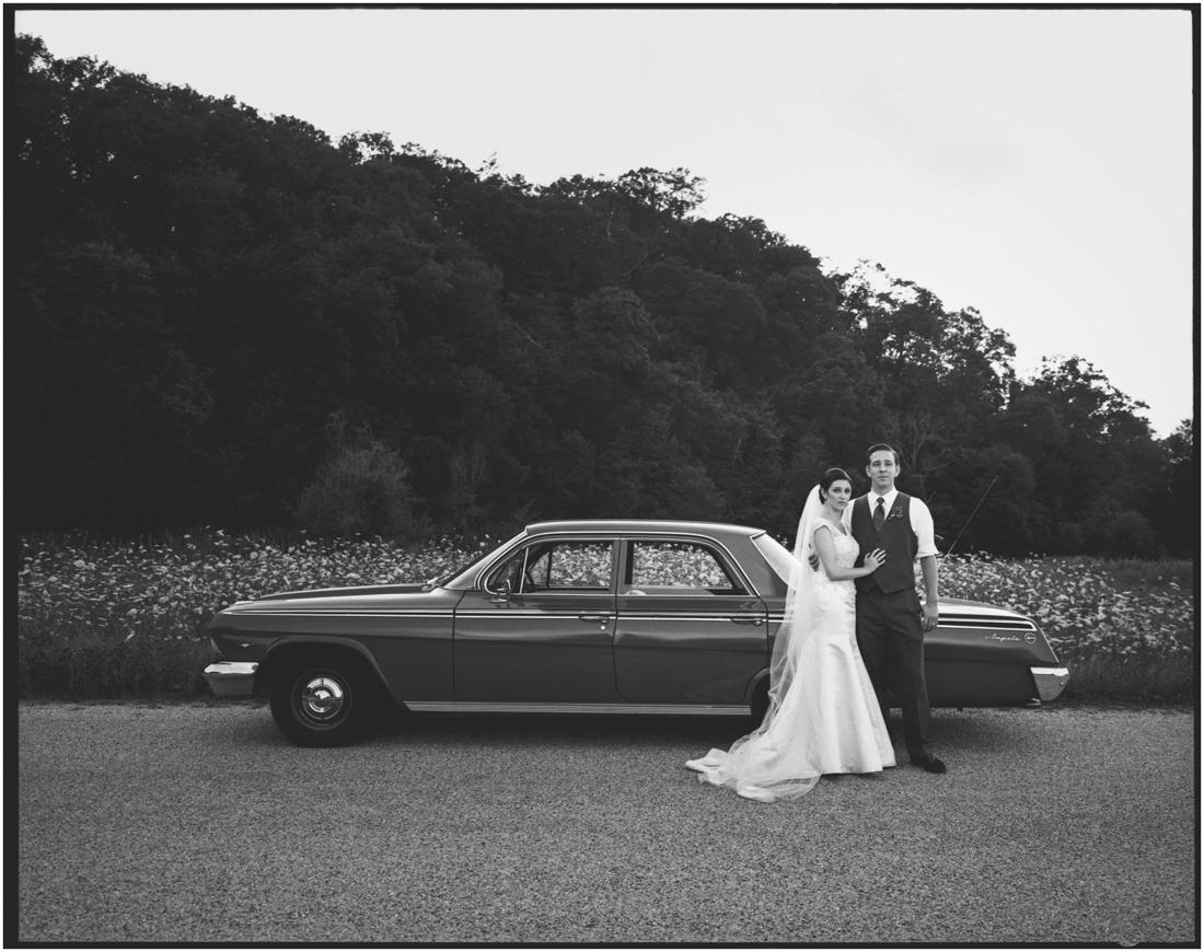 Indiana_barn_Wedding-141.jpg