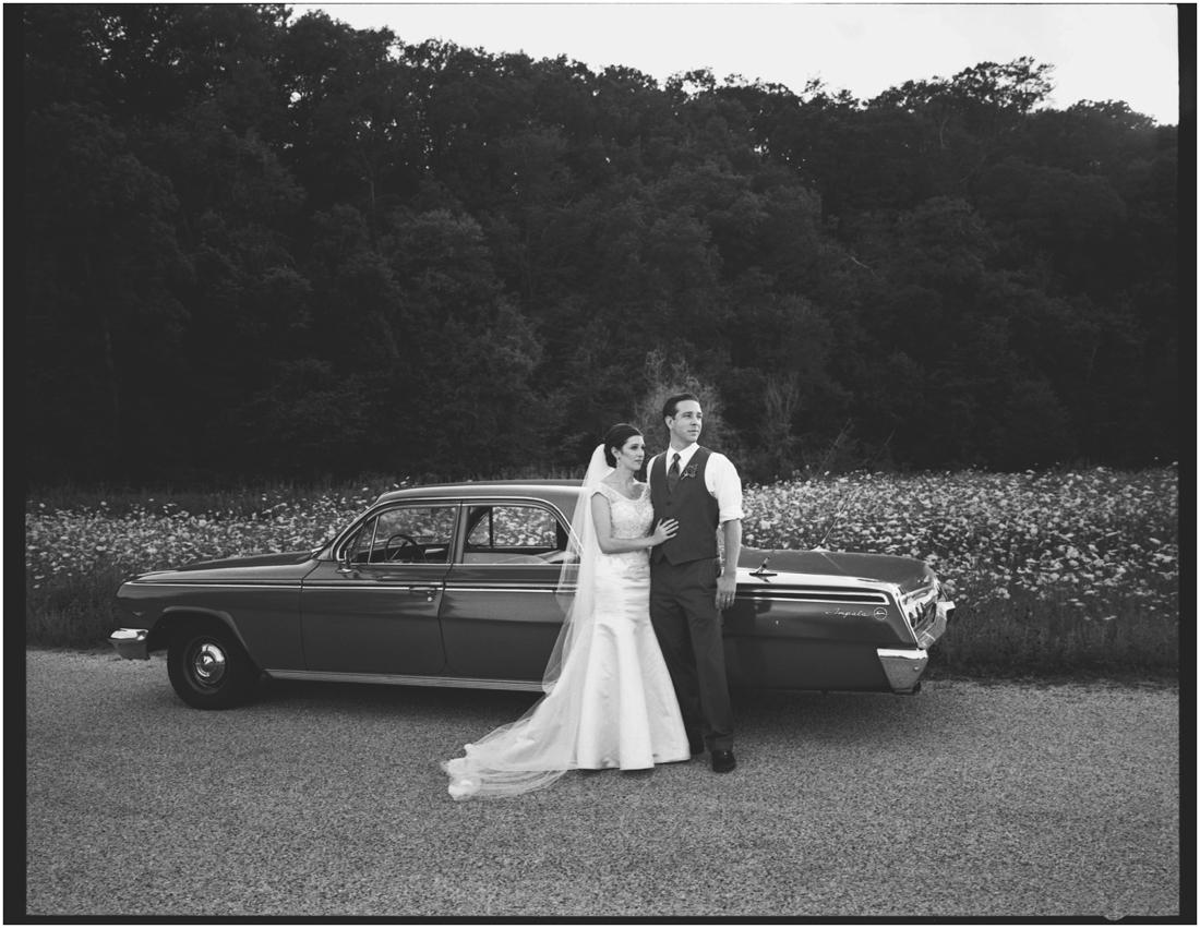 Indiana_barn_Wedding-142.jpg