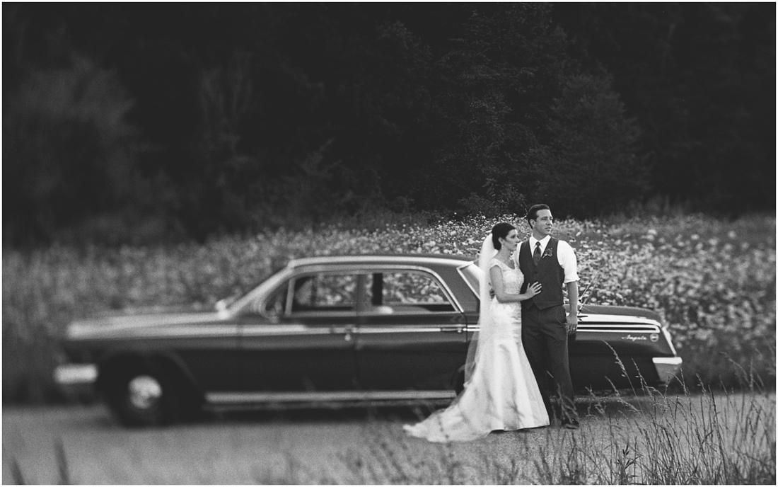 Indiana_barn_Wedding-143.jpg