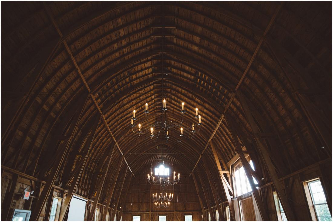 Indiana_barn_Wedding-152.jpg