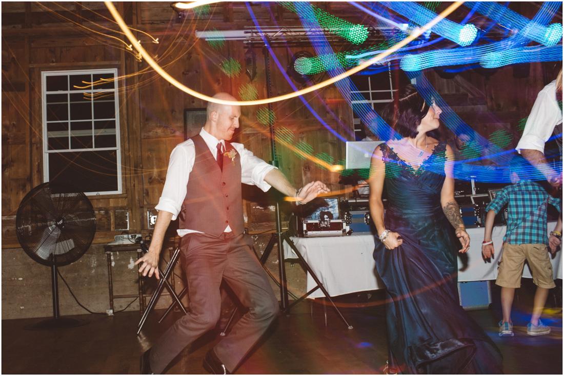 Indiana_barn_Wedding-169.jpg