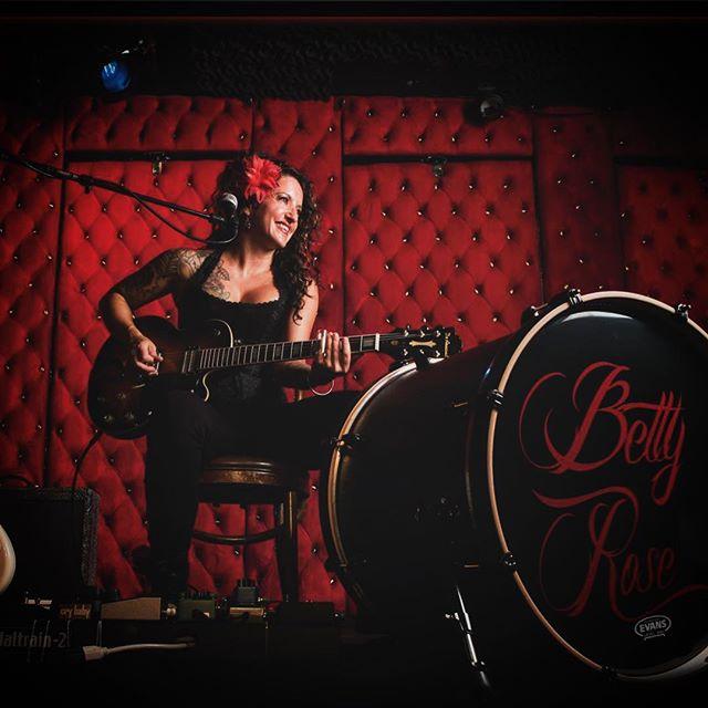 Betty Rose   Buskerfest