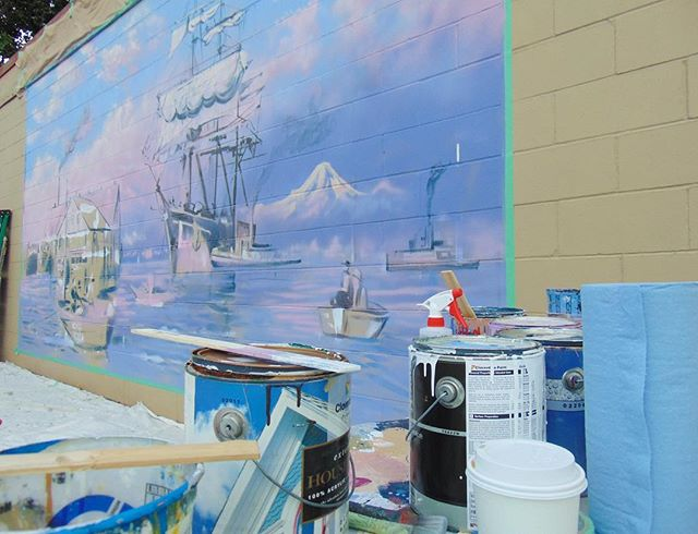 Progress! The Titania appearing before Steveston's eyes in full colour! 🎨Stop by the Steveston Hotel over the coming days as the mural is brought to life! . . . . #richmond #richmondbc #stevestonvillage #stevestonbc #stevestonvillage #howartworks #richmondbcart #richmondbcartists #beautifulbritishcolumbia #mural #localart #localmural #stevestonartist #stevestonart