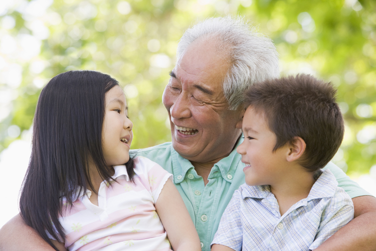 Bellevue   Dental   Arts s mile whitening elderly man with children