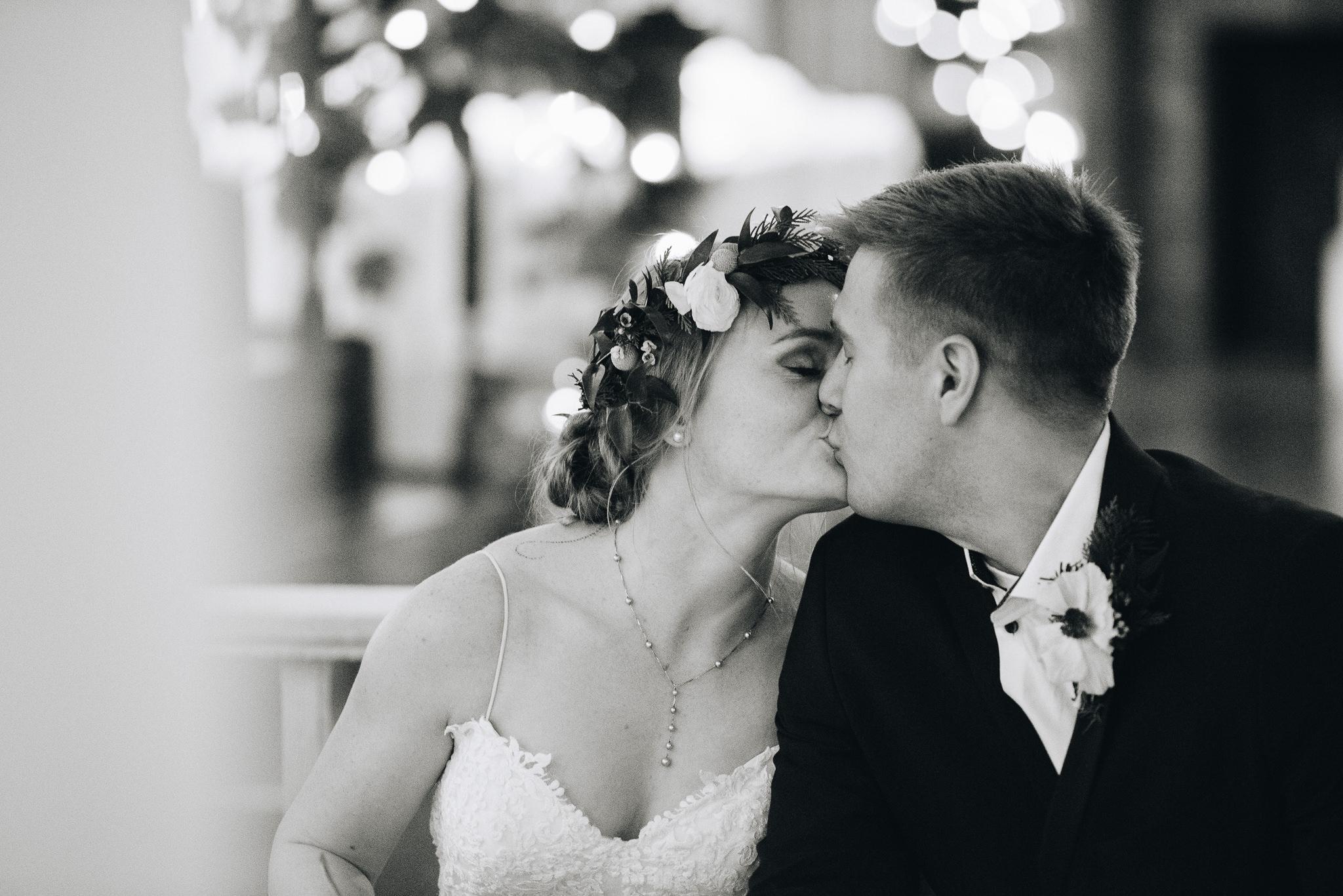 Trevor-Hooper-Wedding-Photographer-The-Bungalow-Wedding-Utah_BW_052.jpg