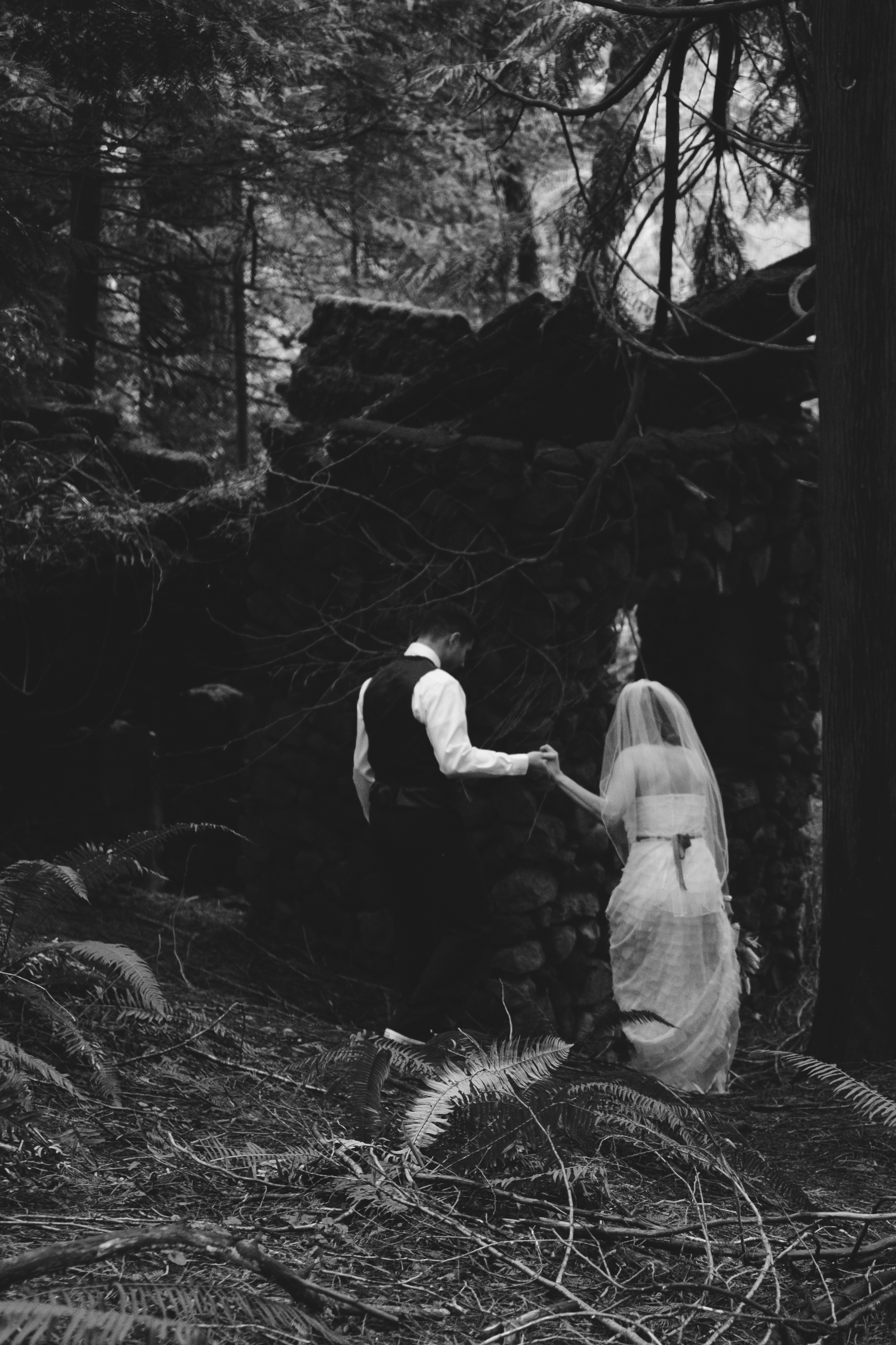 Stone House Elopement in the Columbia Gorge By Sentiero Photography-124.jpg
