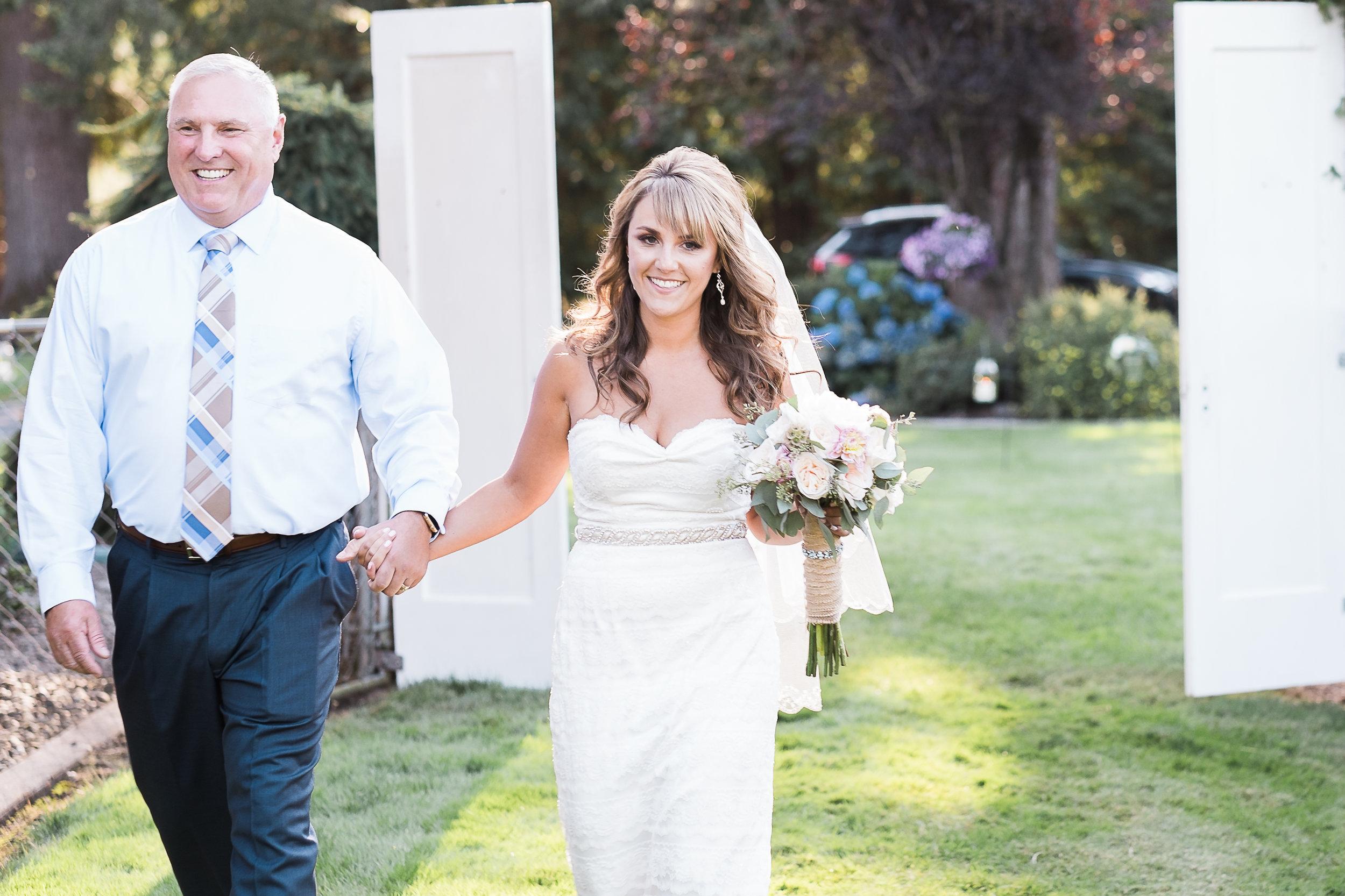 Initimate Pacific Northwest Wedding-699.jpg