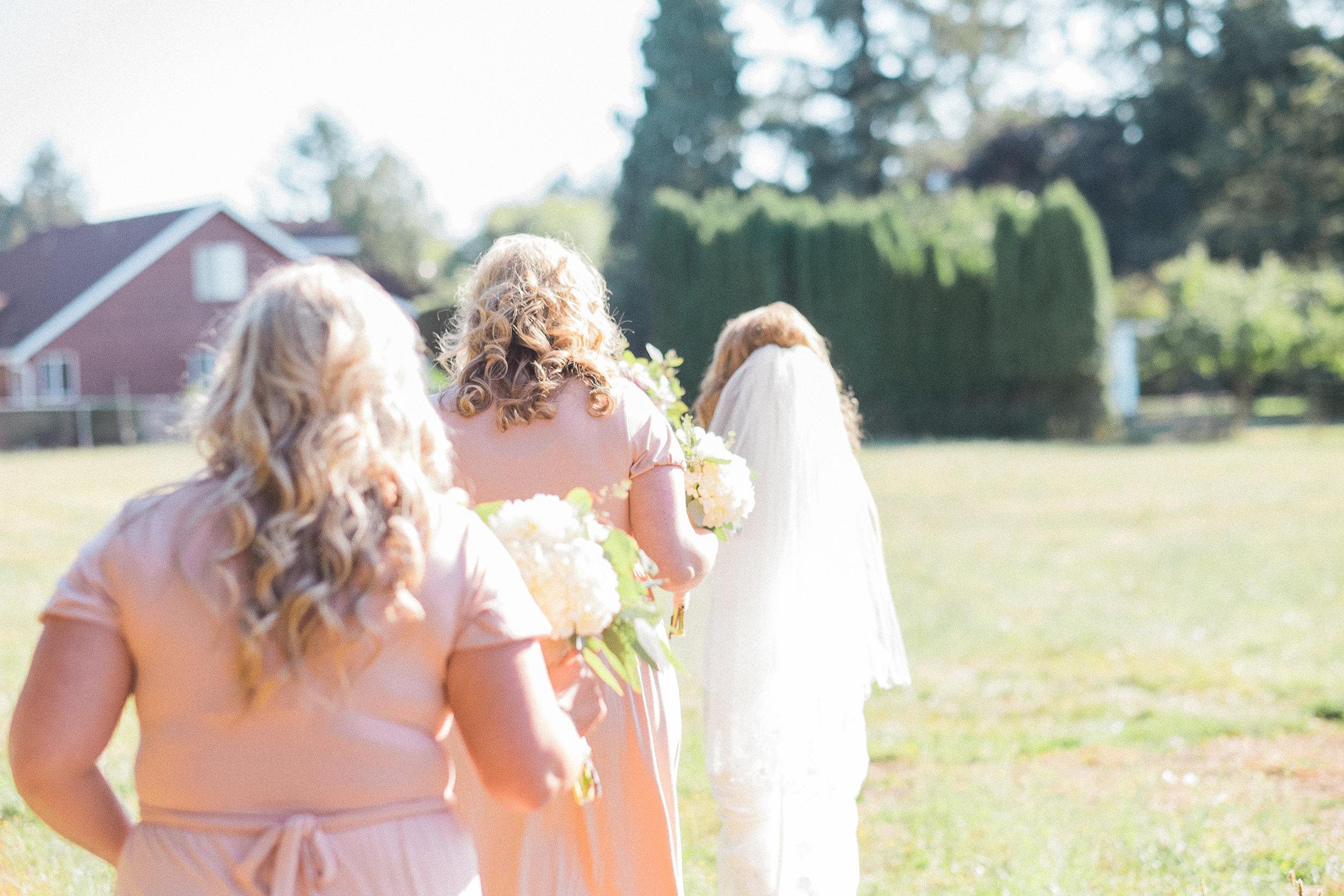 Initimate Pacific Northwest Wedding-903.jpg