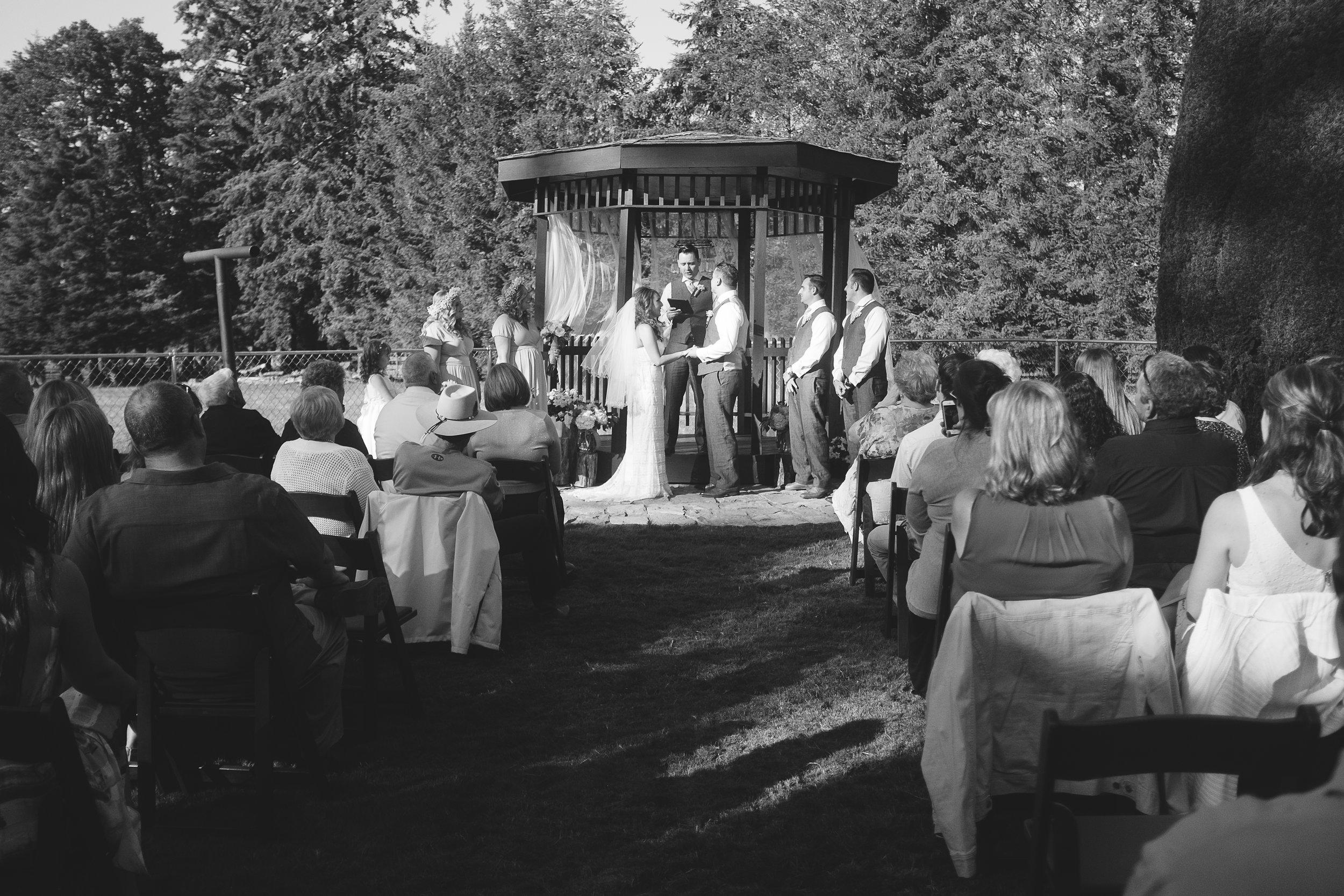 Initimate Pacific Northwest Wedding-927.jpg