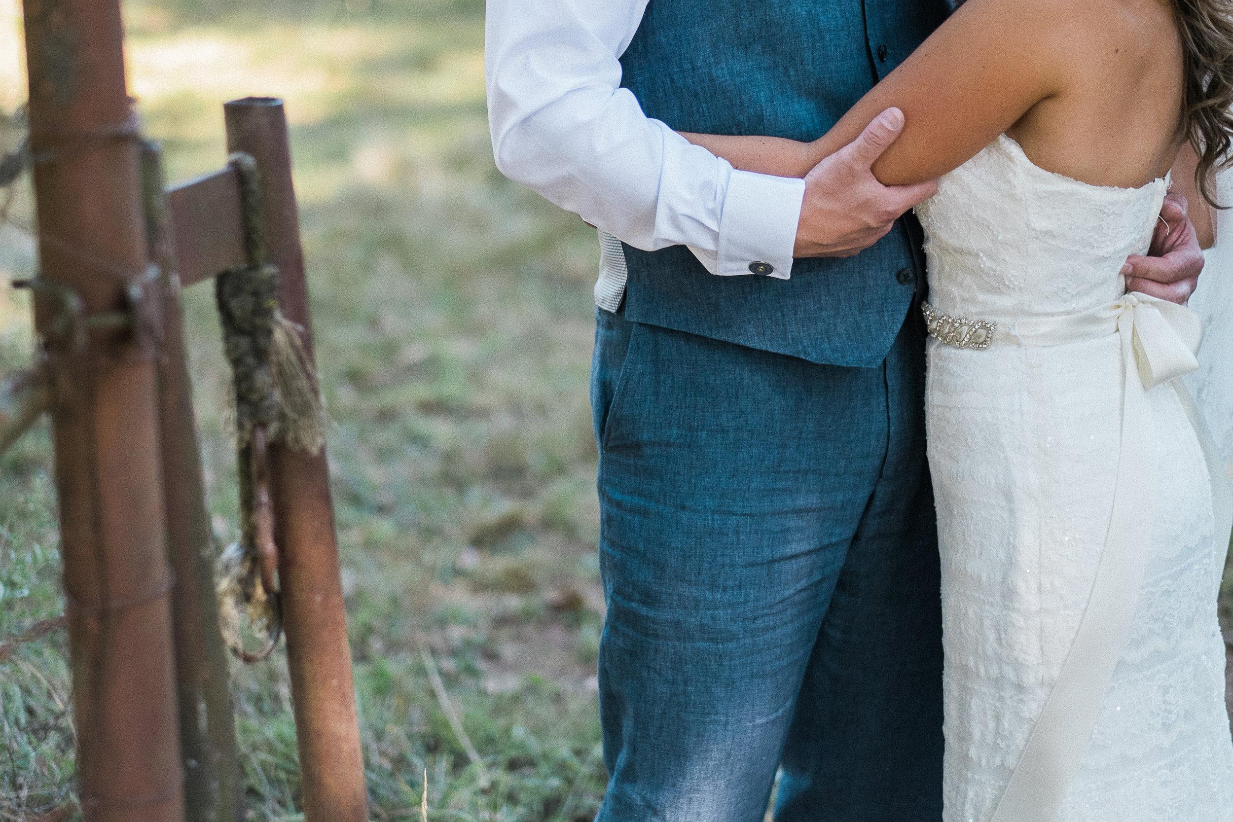 Initimate Pacific Northwest Wedding-47.jpg