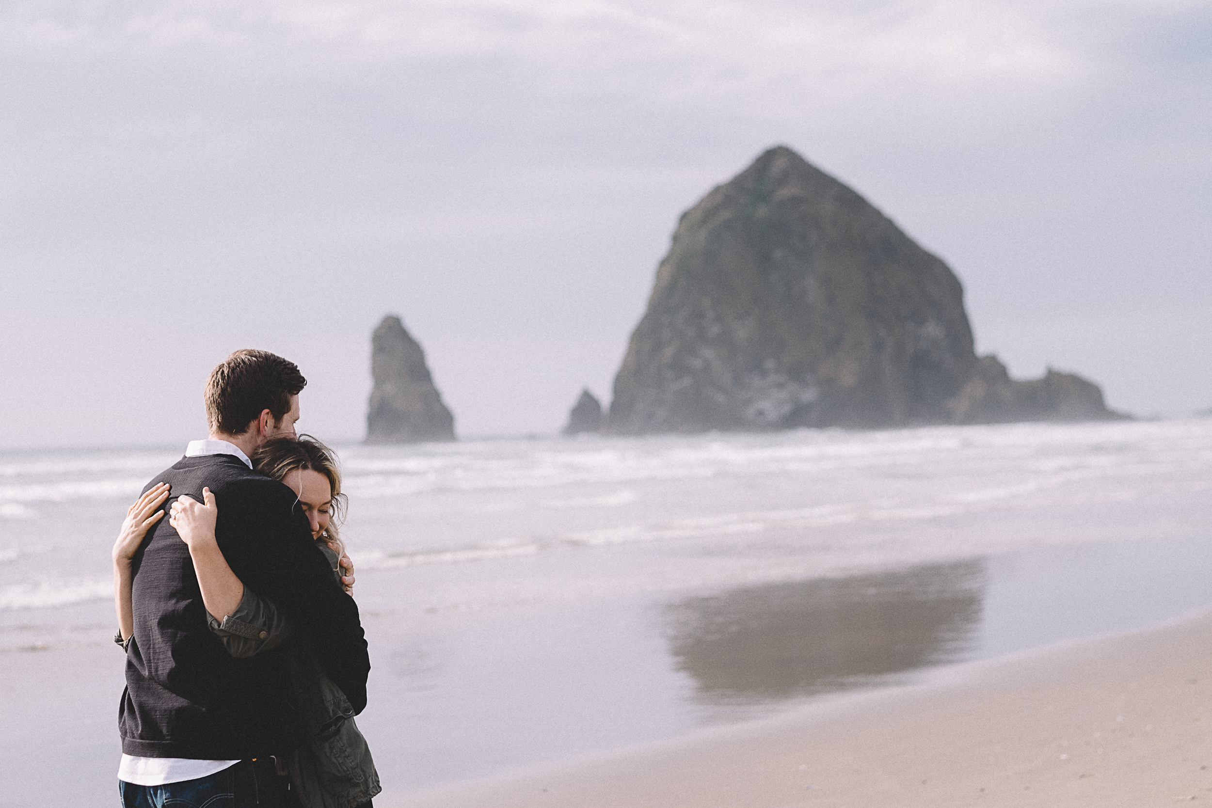 Cannon Beach Engagement Photography-27.jpg