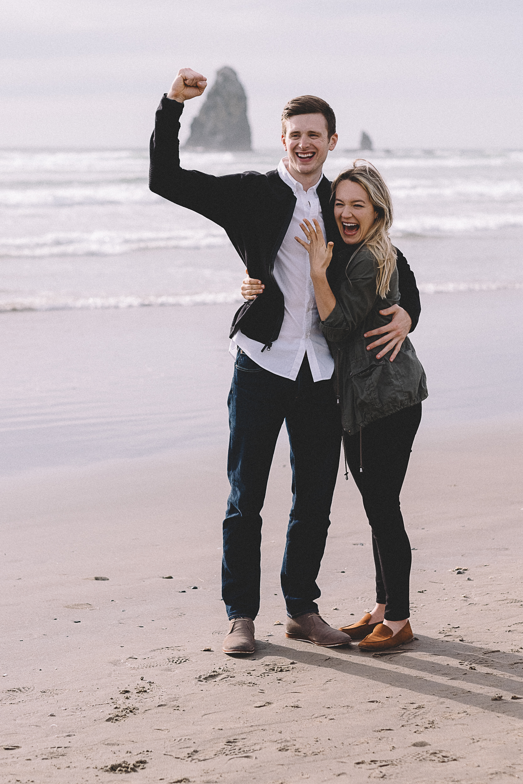Cannon Beach Engagement Photography-28.jpg