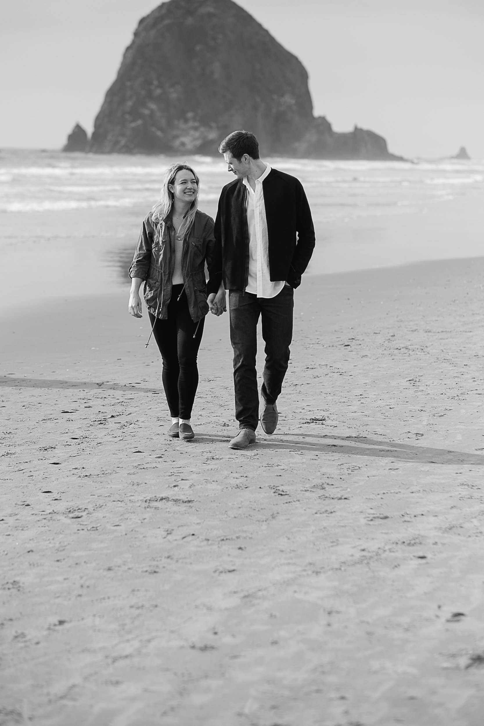 Cannon Beach Engagement Photography-40.jpg