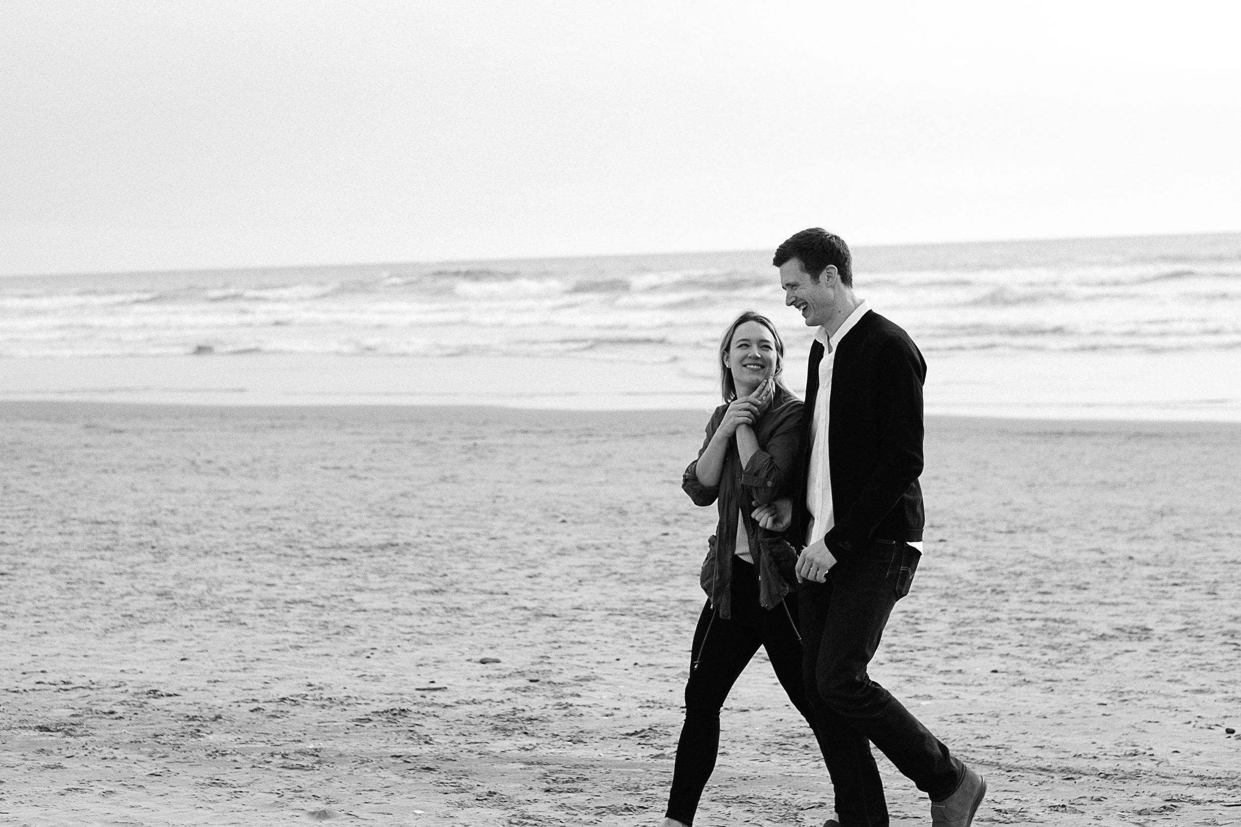 Cannon Beach Engagement Photography-42.jpg