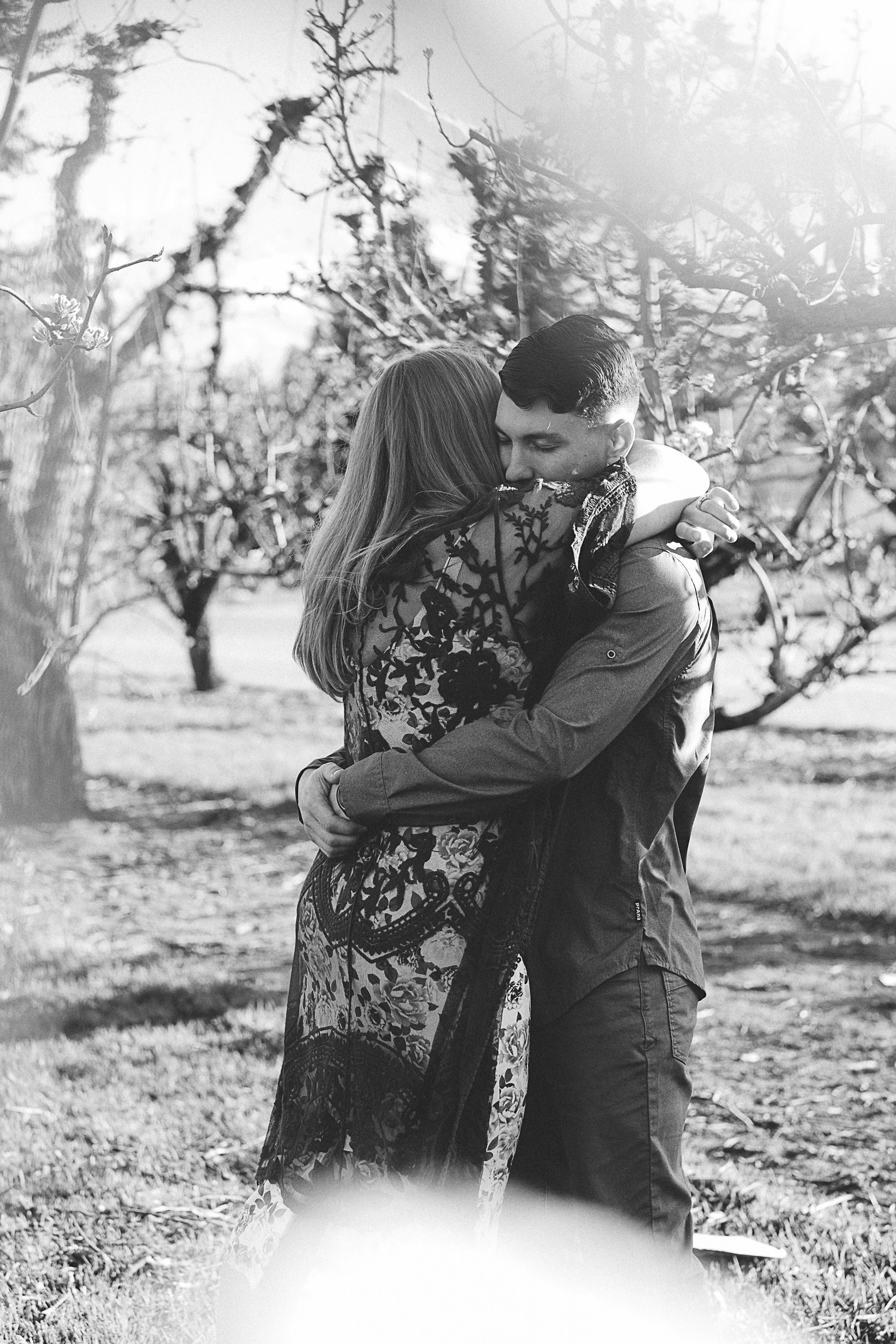 Hood River Engagement Photography-1.jpg