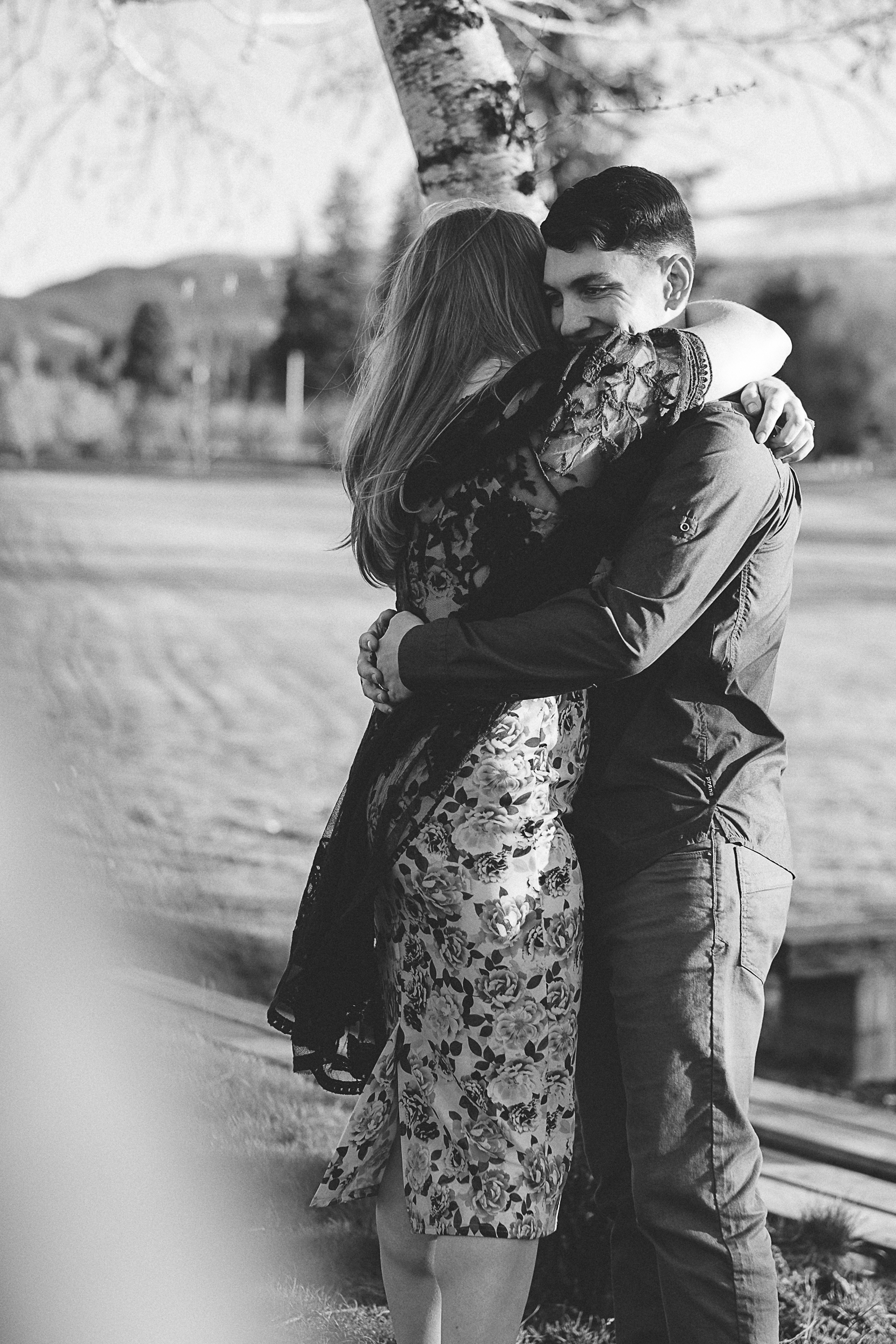 Hood River Engagement Photography-103.jpg