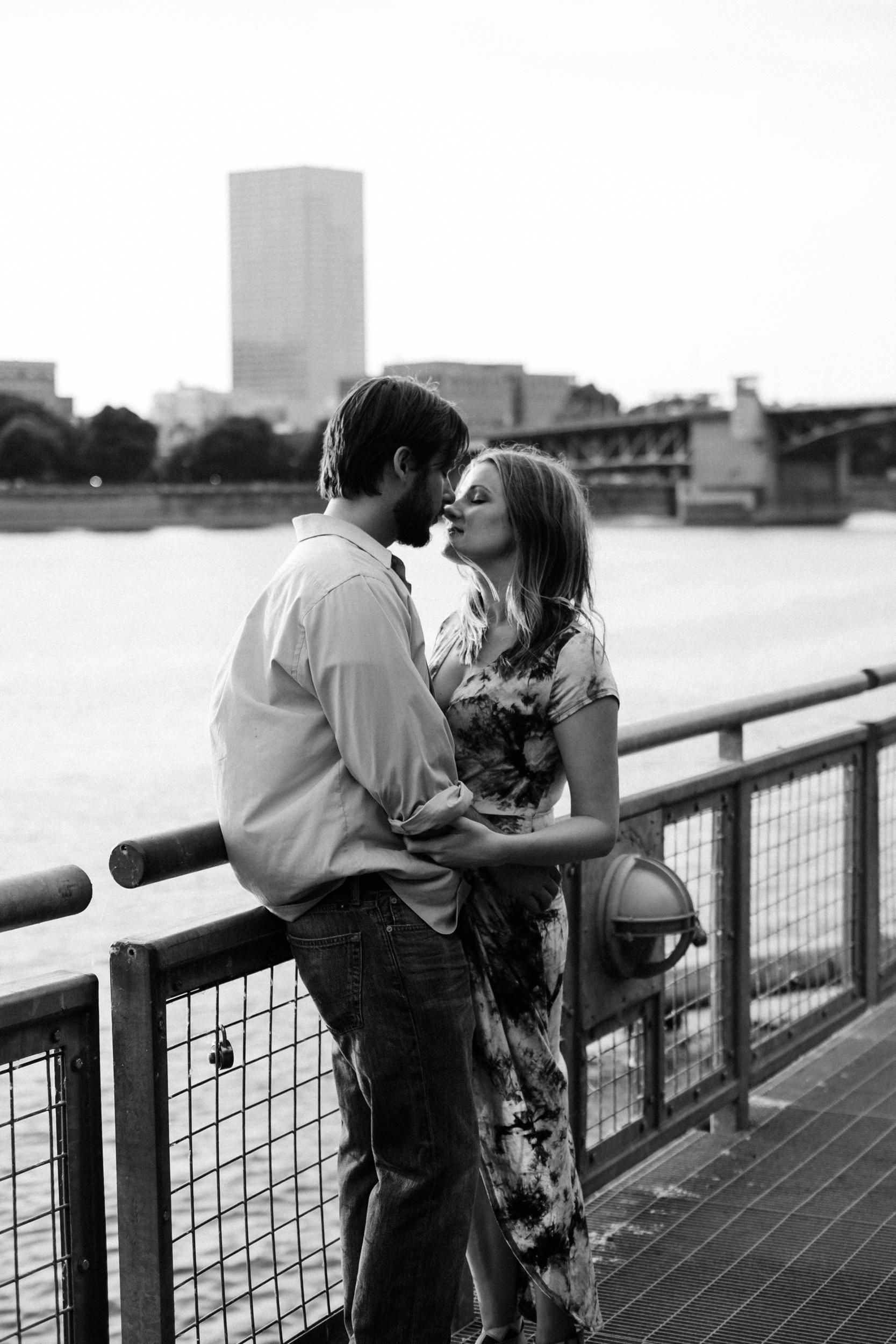 portland oregon engagement photography-8.jpg