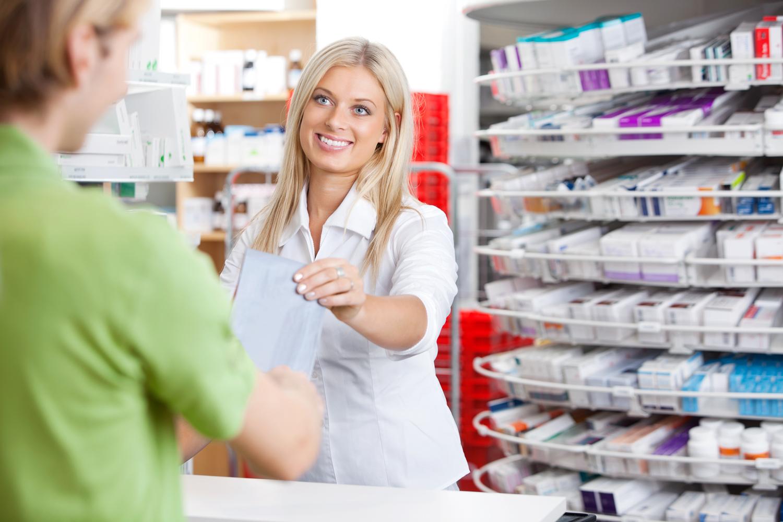 Fullt sortiment på vanlige apotekvarer og legemidler    APOTEK    VITUS
