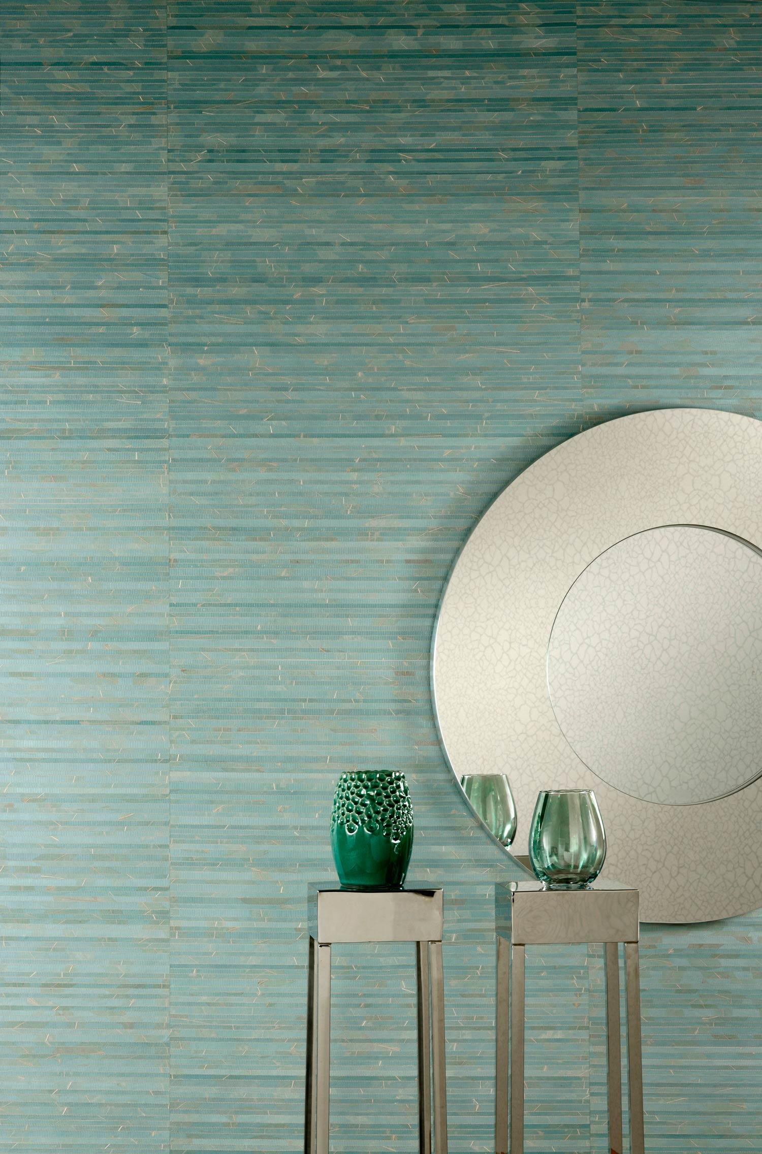 Ro og natur. Det blir dobbel lykke når tapetet er laget av naturfiber som er farget turkis. Tapet fra Omexco/Foto:INTAG