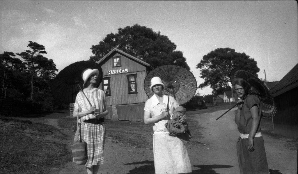 Bølingshavn for en god stund tilbake.Ukjent årstall og fotograf. Gitte Gram Swensson har originalbildet, og bildet ovenfor er et kopi av dette.