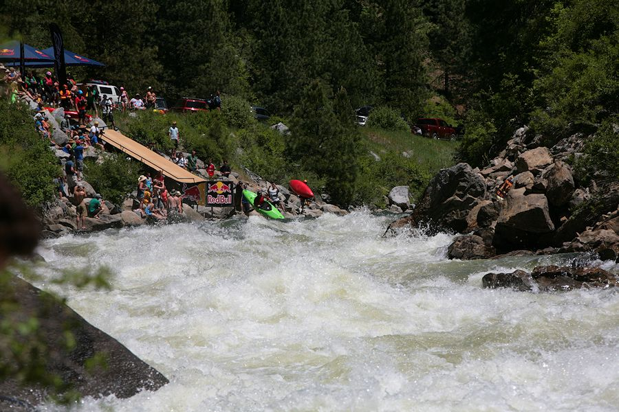 Spectators line the banks of the Payette while boaters drop into Jacob's Ladder. (Photo by Jessica Murri)