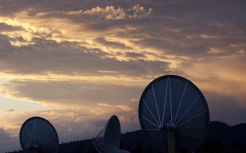 SETI S17. ATA at Dusk.jpg