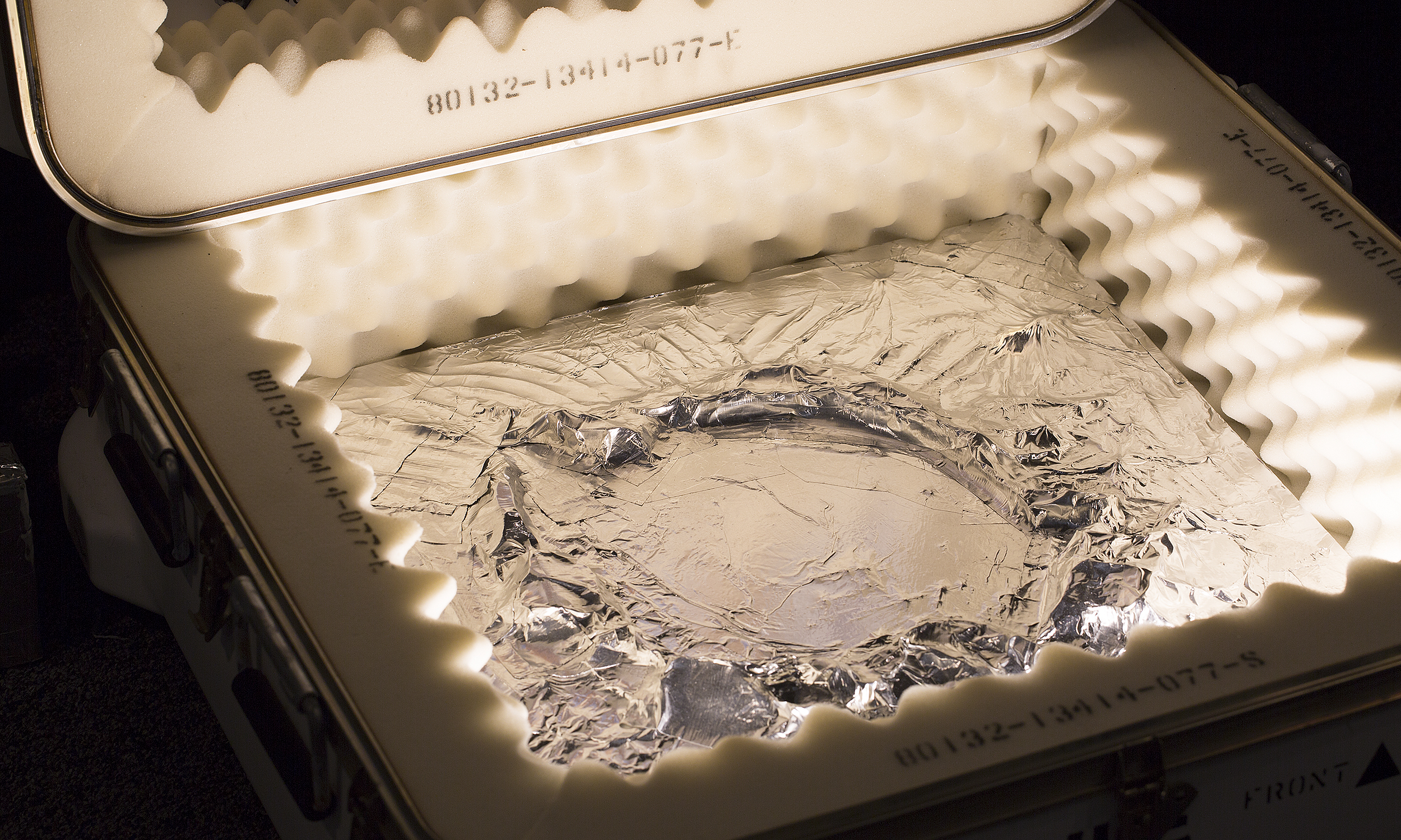 7A7A3770FS_Crater_in_Box.jpg