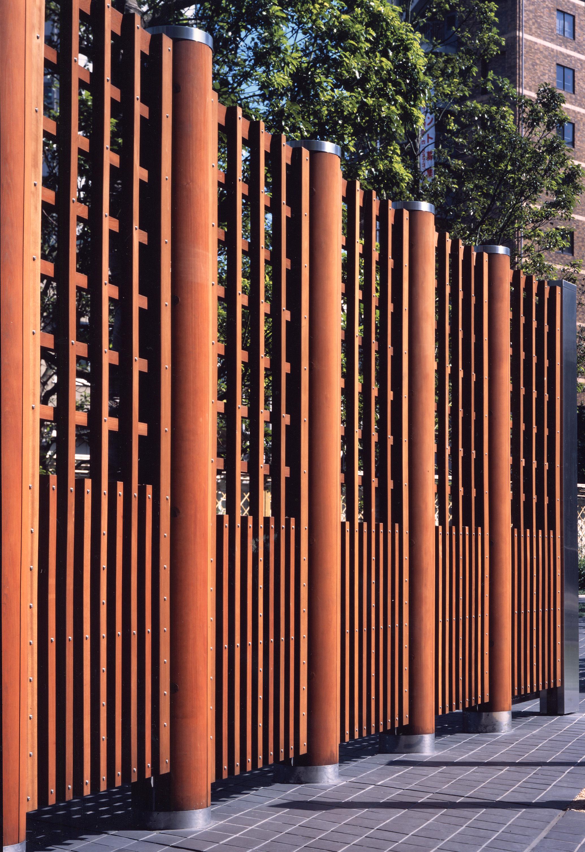 BA_ntt_photo fence wood.jpg