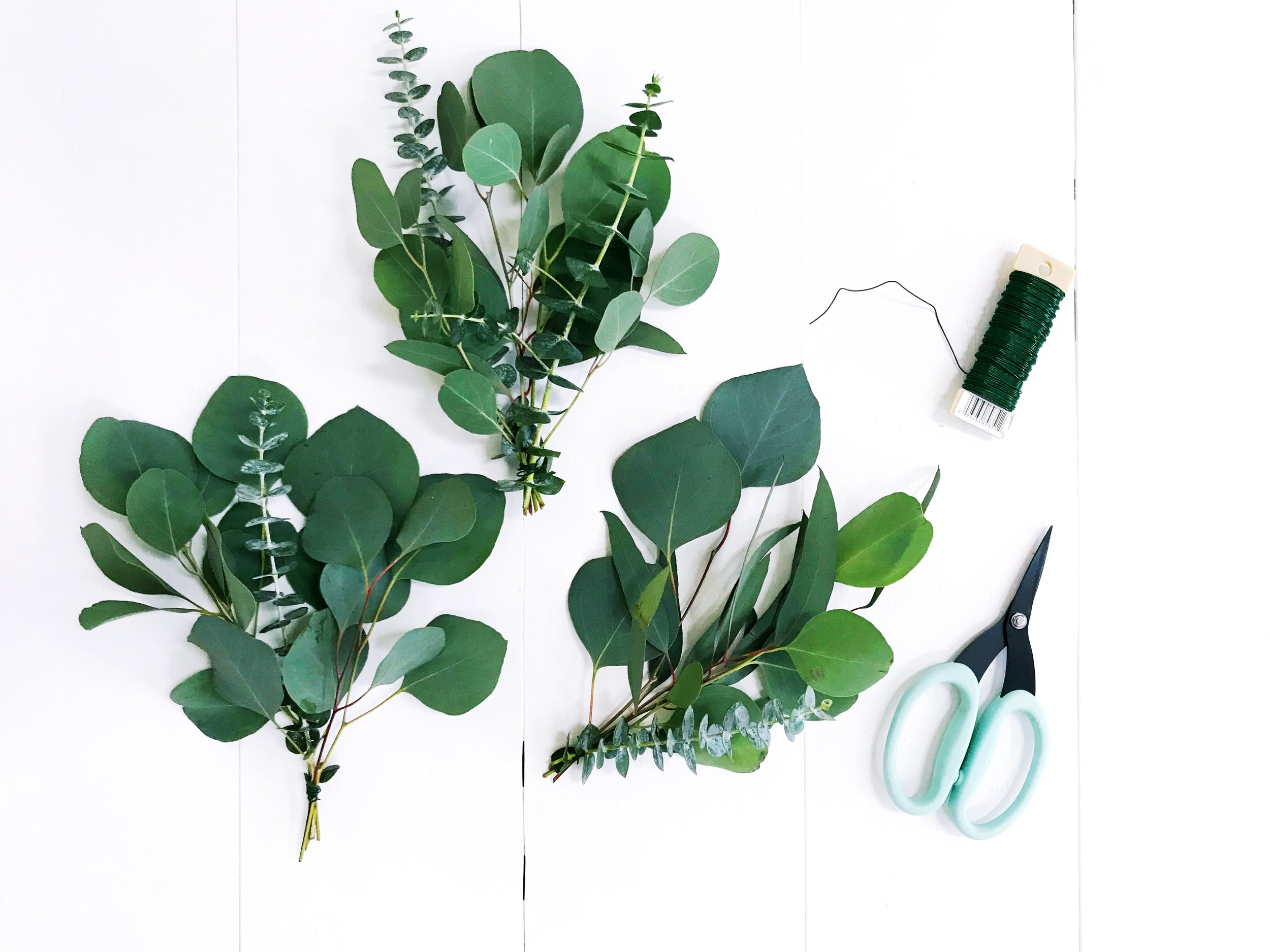 The Paper + Craft Pantry Austin D.I.Y. Blog: Do It Yourself Holiday Garlands