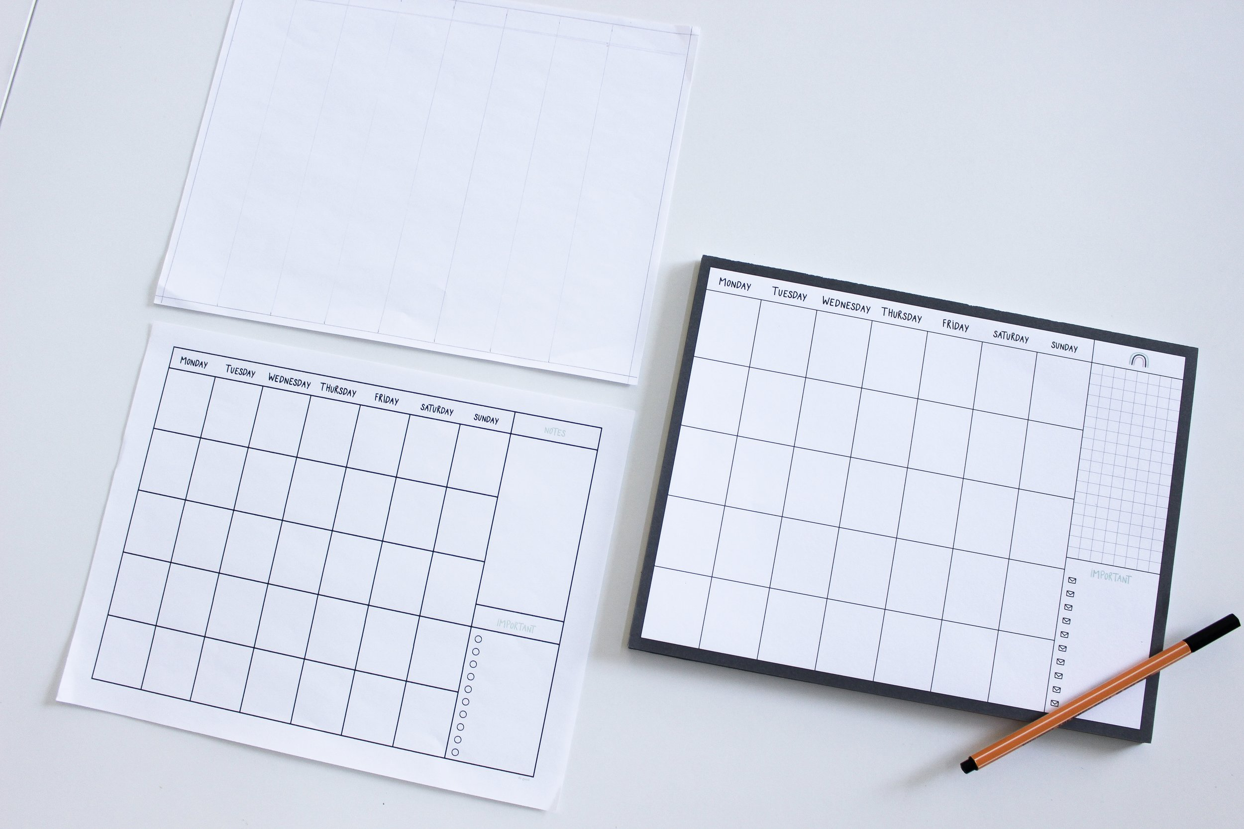 The Paper + Craft Pantry Blog: The 3 stages of our weekly calendar.