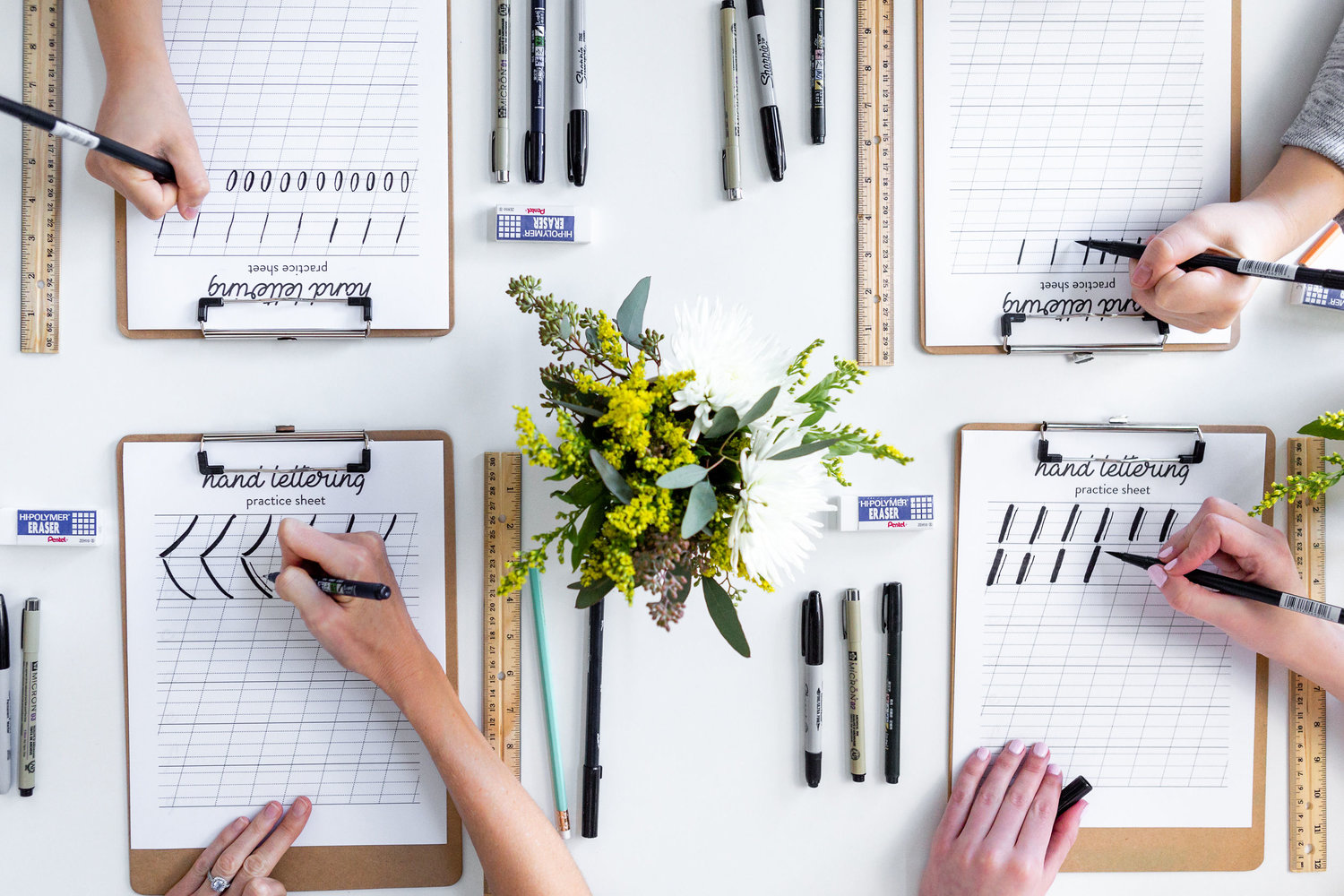 The Paper + Craft Pantry Blog: Beginners hand lettering workshop. Learned different strokes.