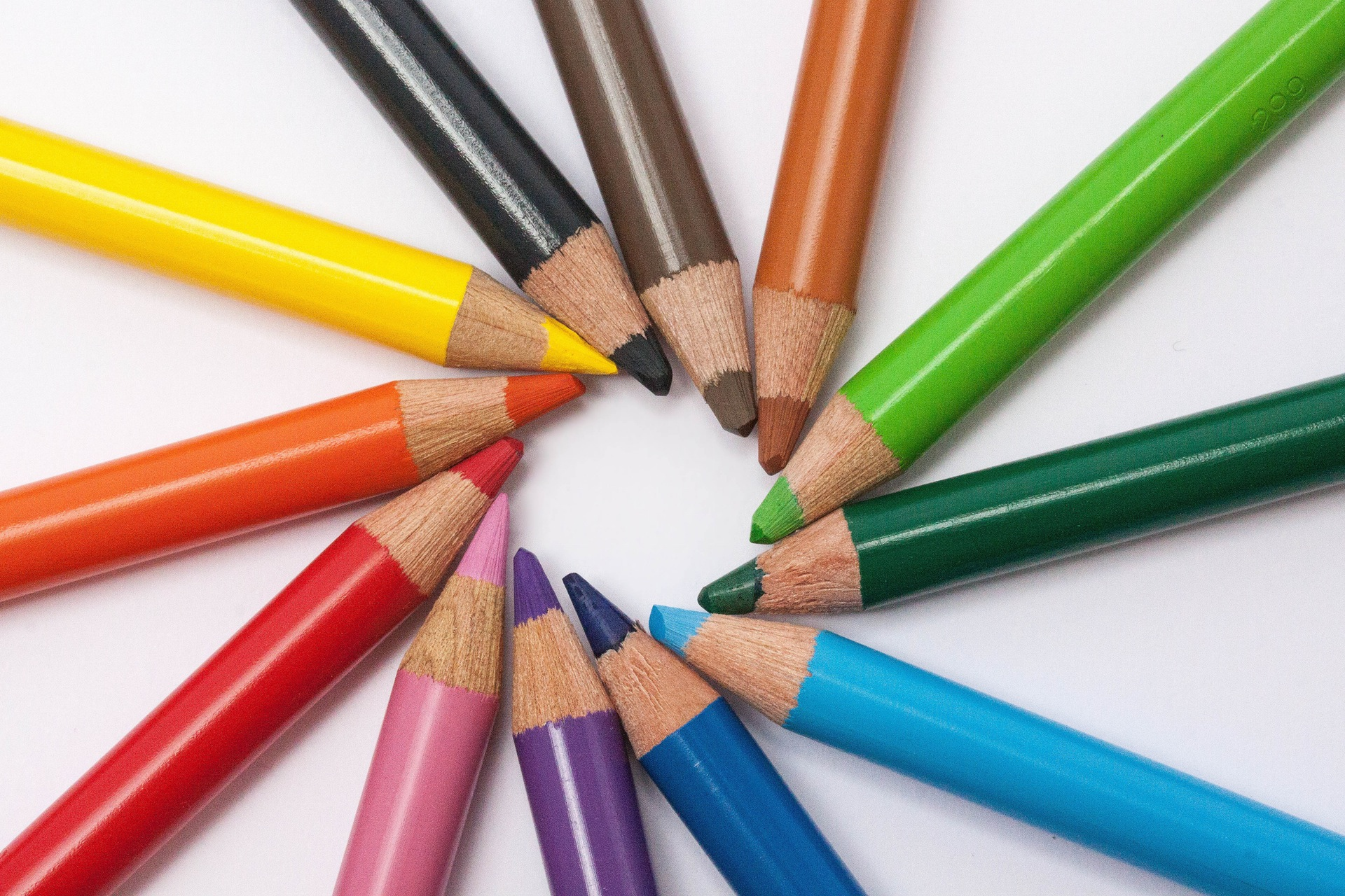 perfectionist-ocd-colored-pencils-Americas-Family-Coaches-radio-audio-podcast