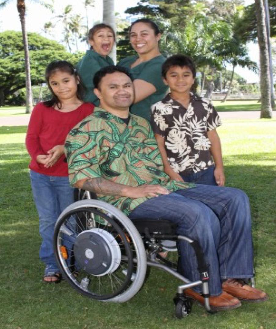 honoring-americas-heroes-Tuimalealiifano-family