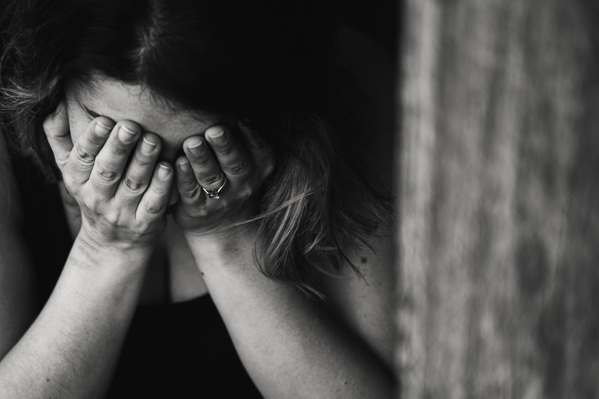 Photo by Kat Smith from Pexels https://www.pexels.com/photo/adult-alone-anxious-black-and-white-568027/