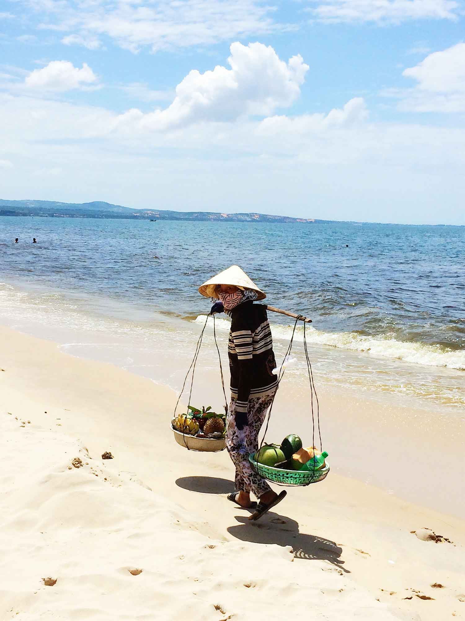 selling-on-the-beach.jpg