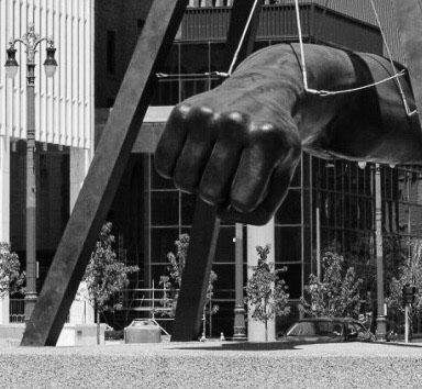 Detroit_Joe_Louis_Fist.jpg