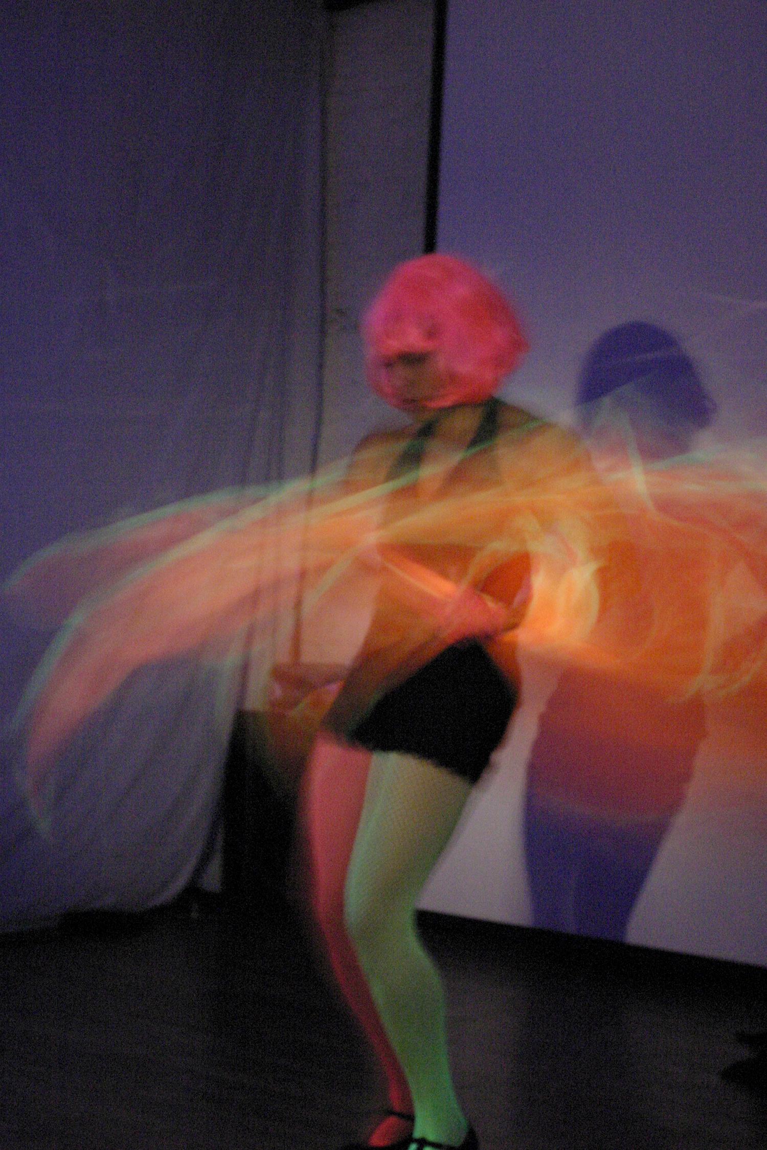 Neon_Dance_01.jpg