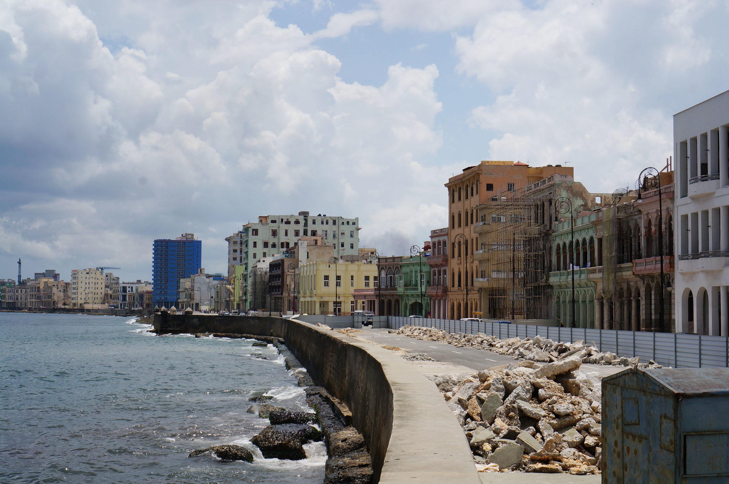 Road construction along the Malecón