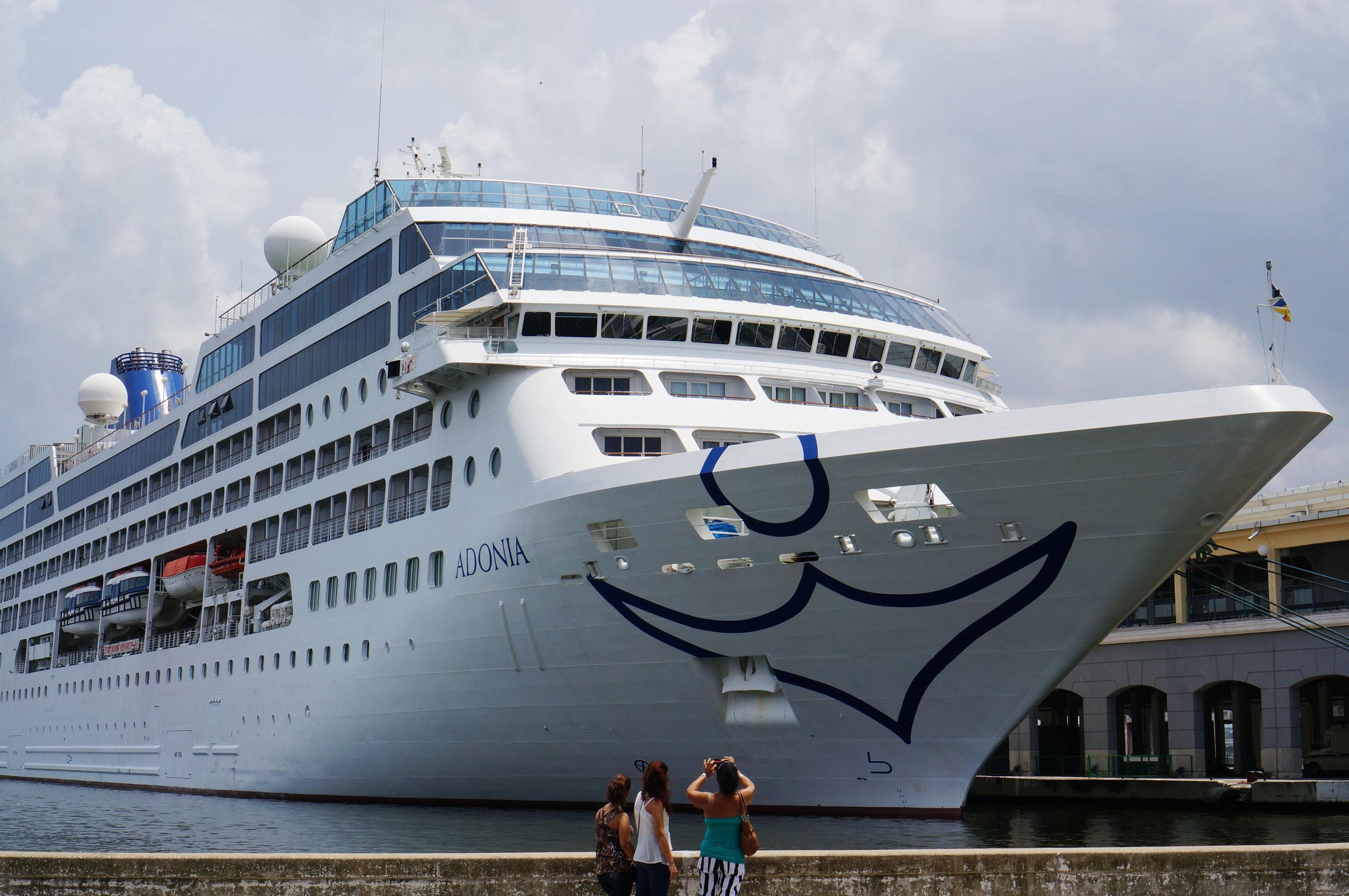 Havana are you ready? A Carnival Cruise's ship.
