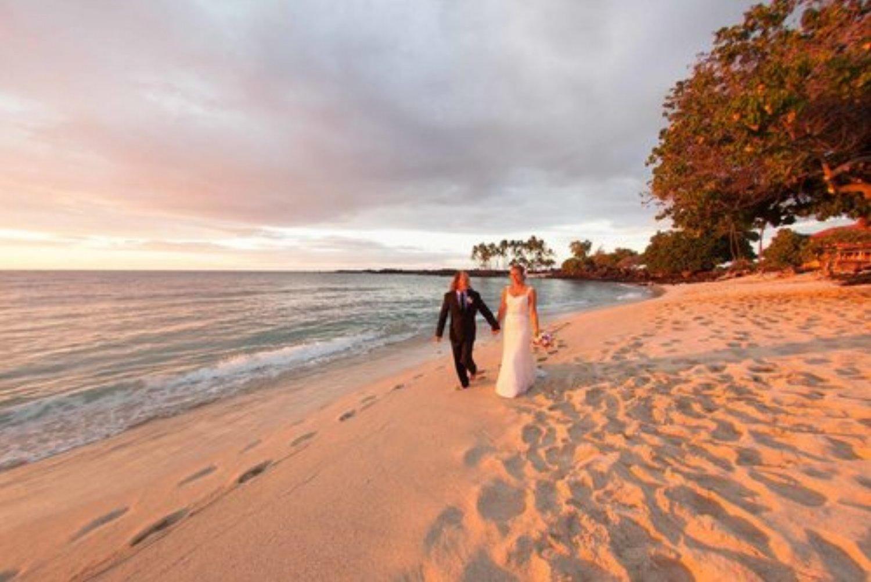 kona+wedding+venues+Kona+Coast+State+Park.jpeg