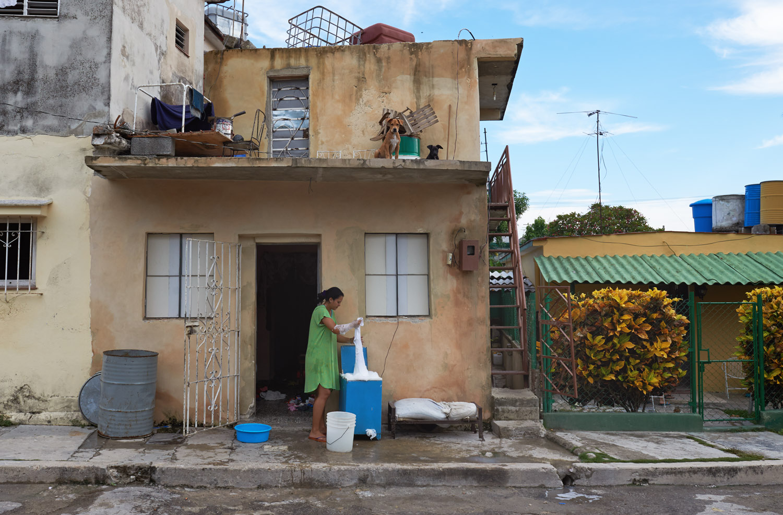 HAVANA (non touristic area between the locals).
