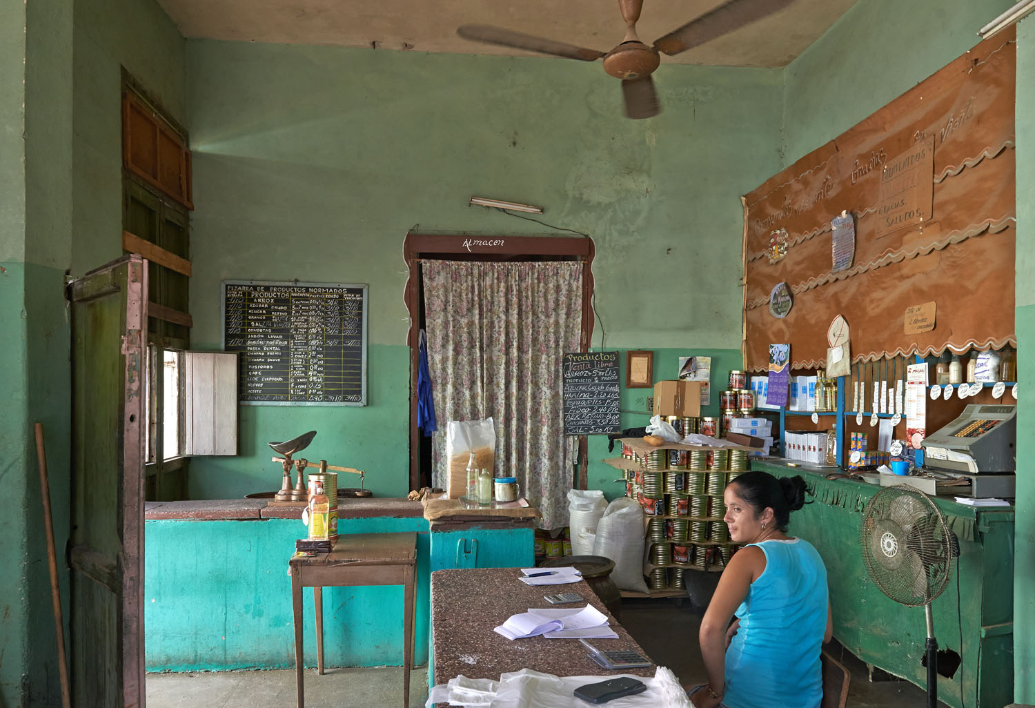 """TRINIDAD. A """" CONVENIENCE """" STORE FOR BASIC NECESSITIES SUCH AS RICE, SALT, DETERGENT, TOOTH PASTE ET CETERA. MOST OF THESE PRODUCTS ARE OF AVERAGE TO POOR QUALITY FOR MOST CUBANS WITH AN OFFICIAL AVERAGE INCOME OF EUR 20,00 A MONTH."""