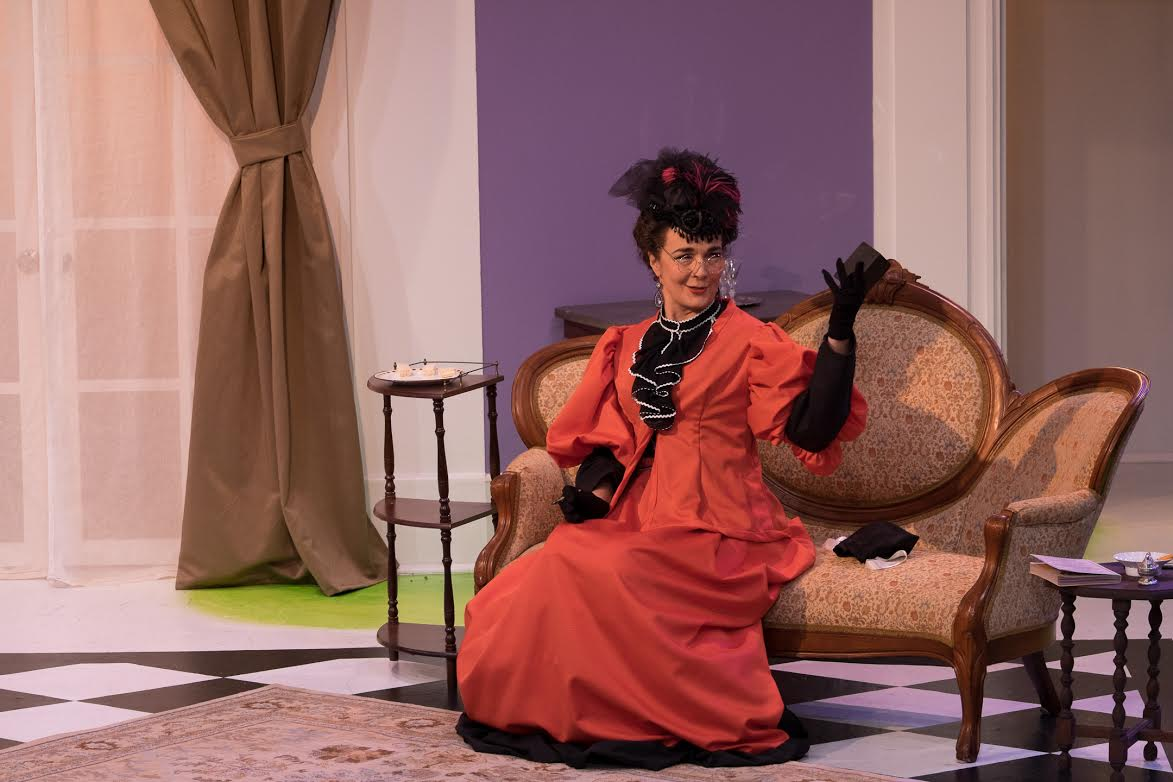 Lady Bracknell (Katrina Ferguson)