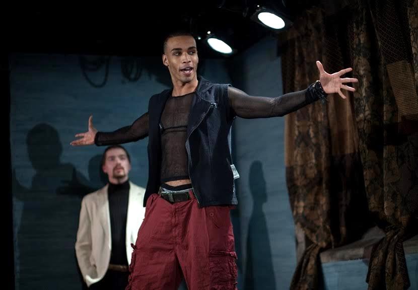 Julian Elijah Martinez (Orestes)