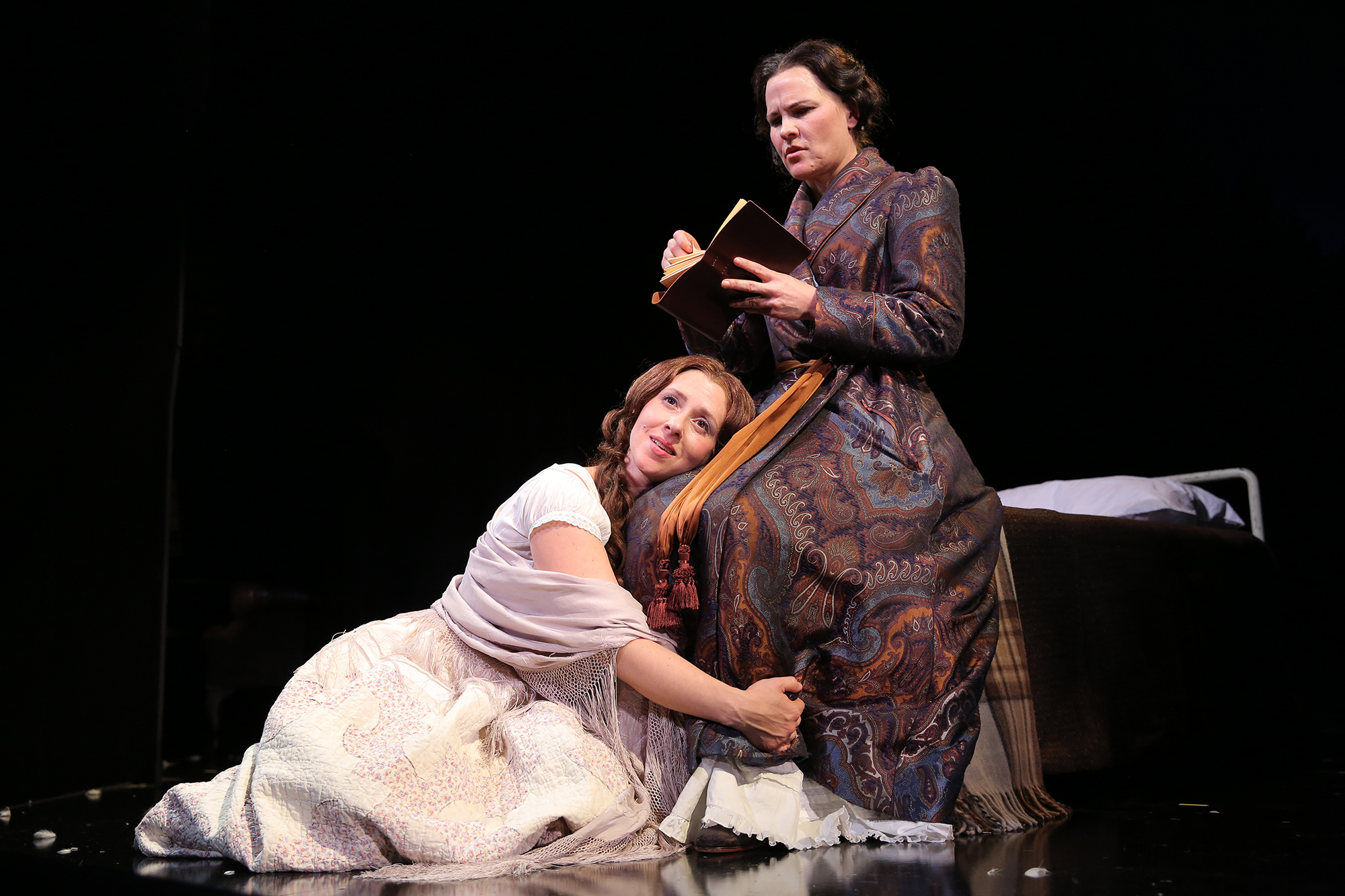 Emilie (Miriam Silverman), Agatha (Kelly McAndrew)