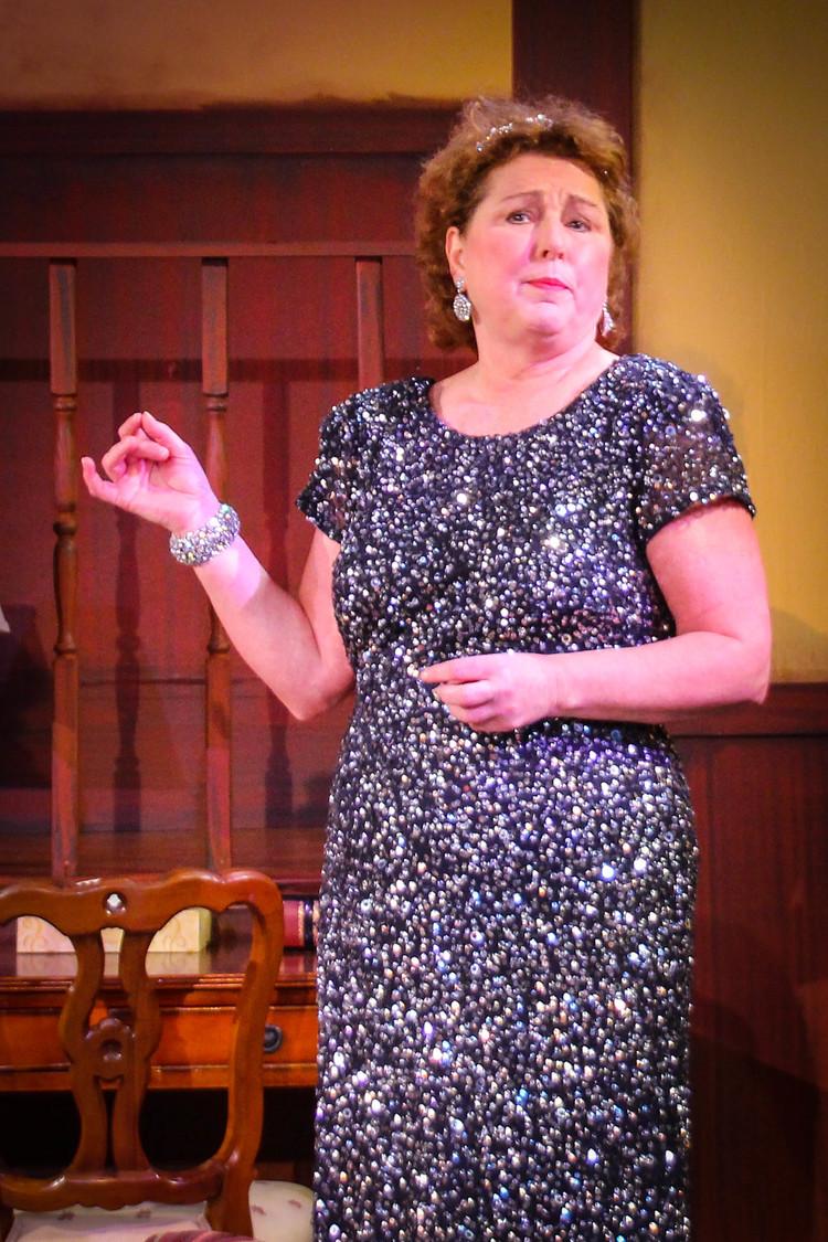 Cynthia Hannah (Sonia)