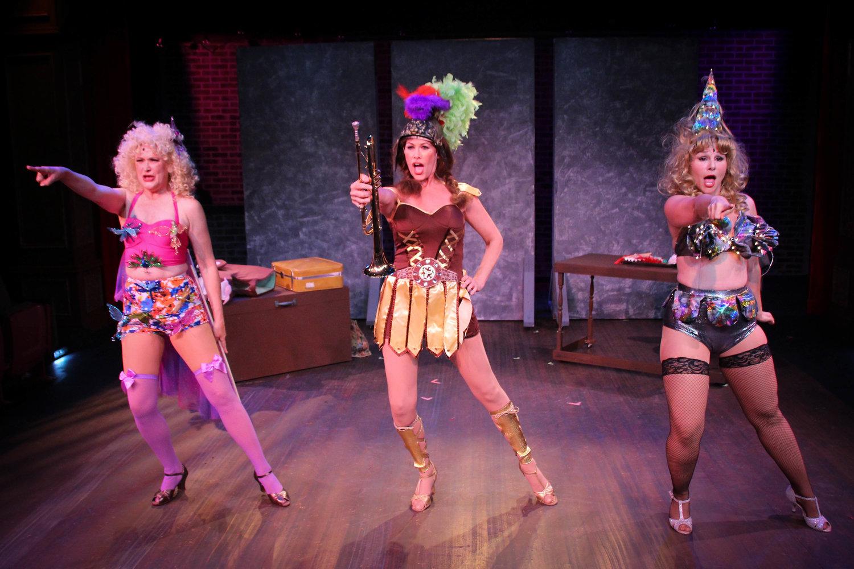 Tessie Tura (Jeri Kansas), Mazeppa (Jodi Stevens), Electra (Marca Leigh) (photo: Joe Landry)